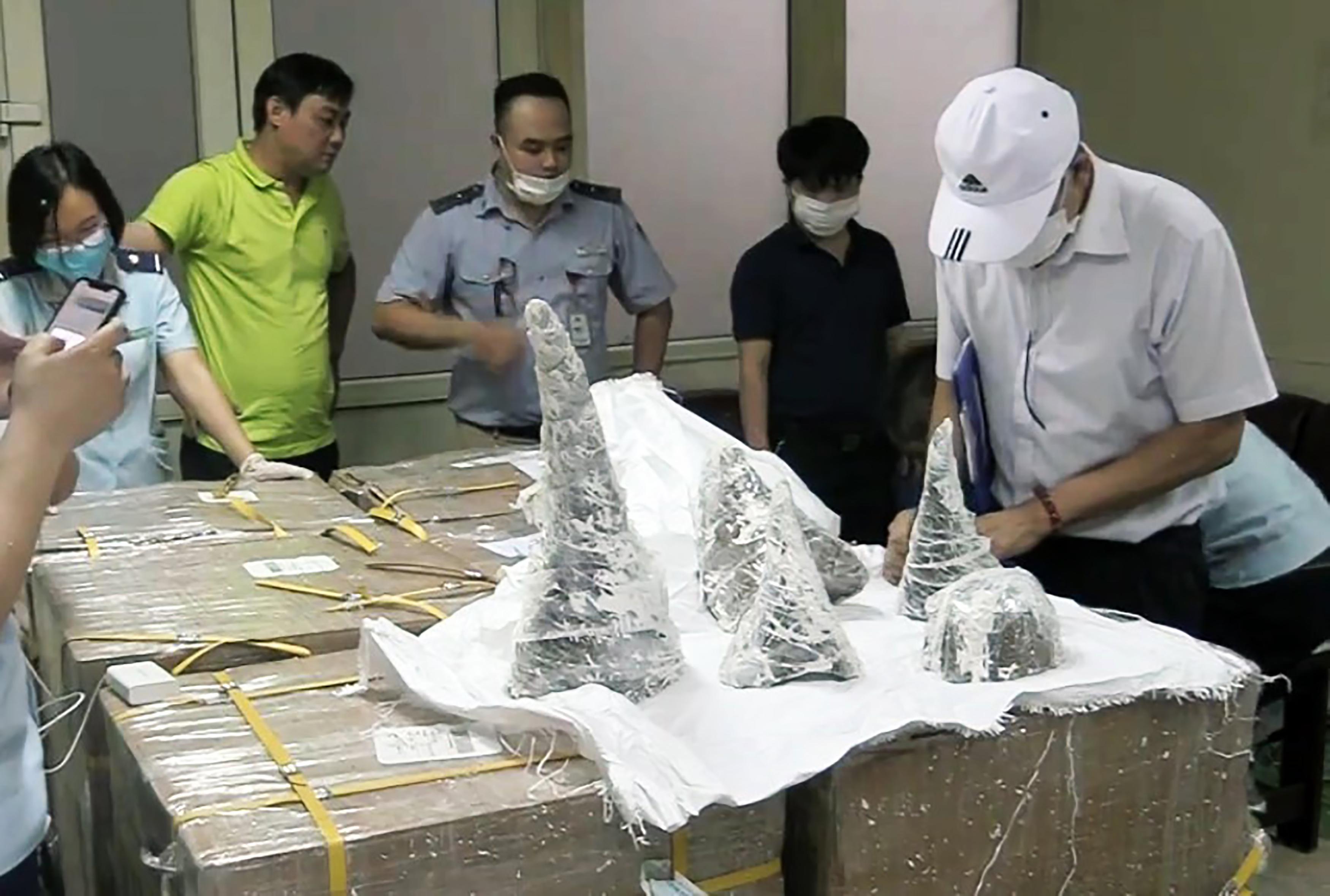 125 kiló orrszarvútülköt foglaltak le Hanoiban