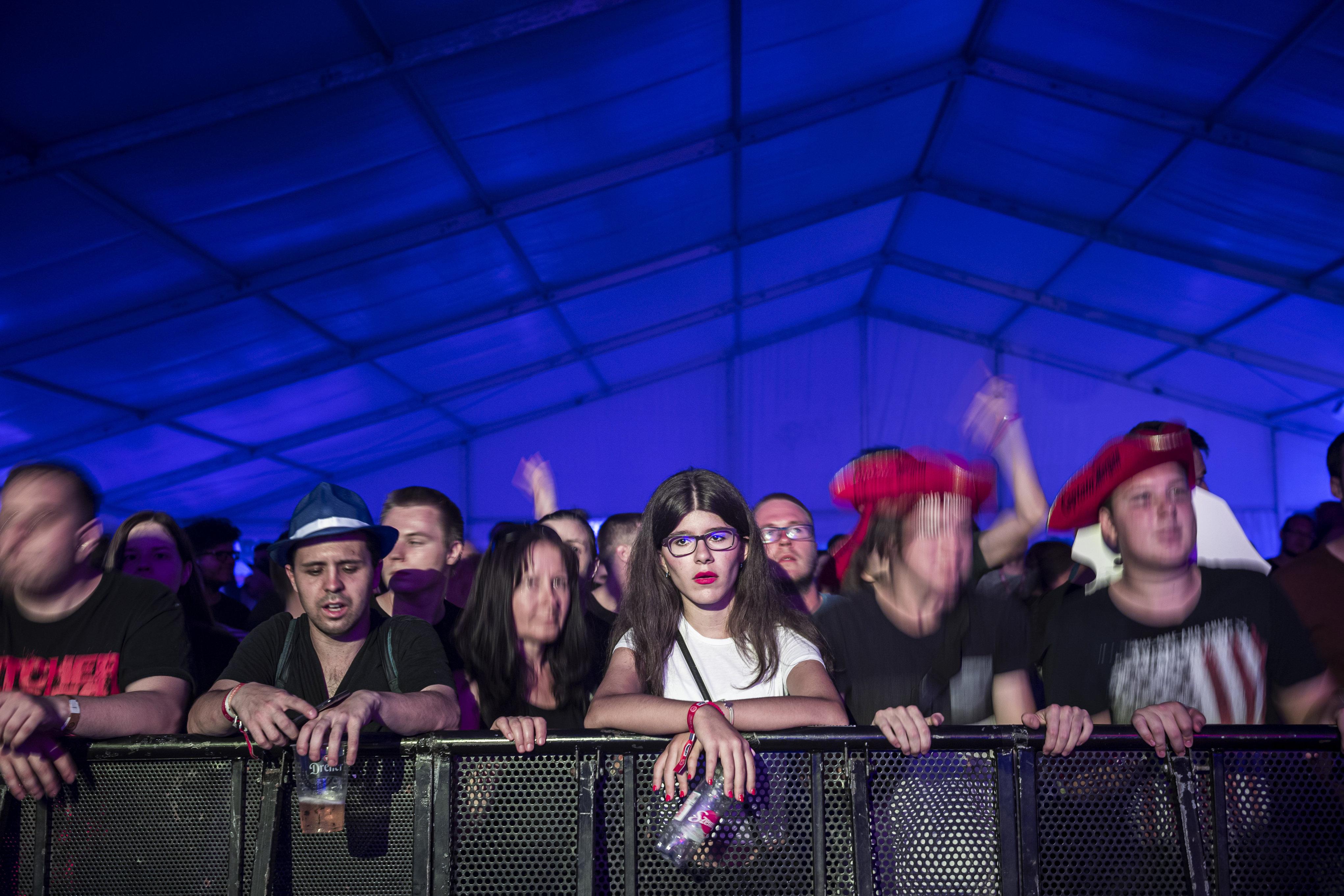 Tömegverekedés volt a Fezen fesztiválon