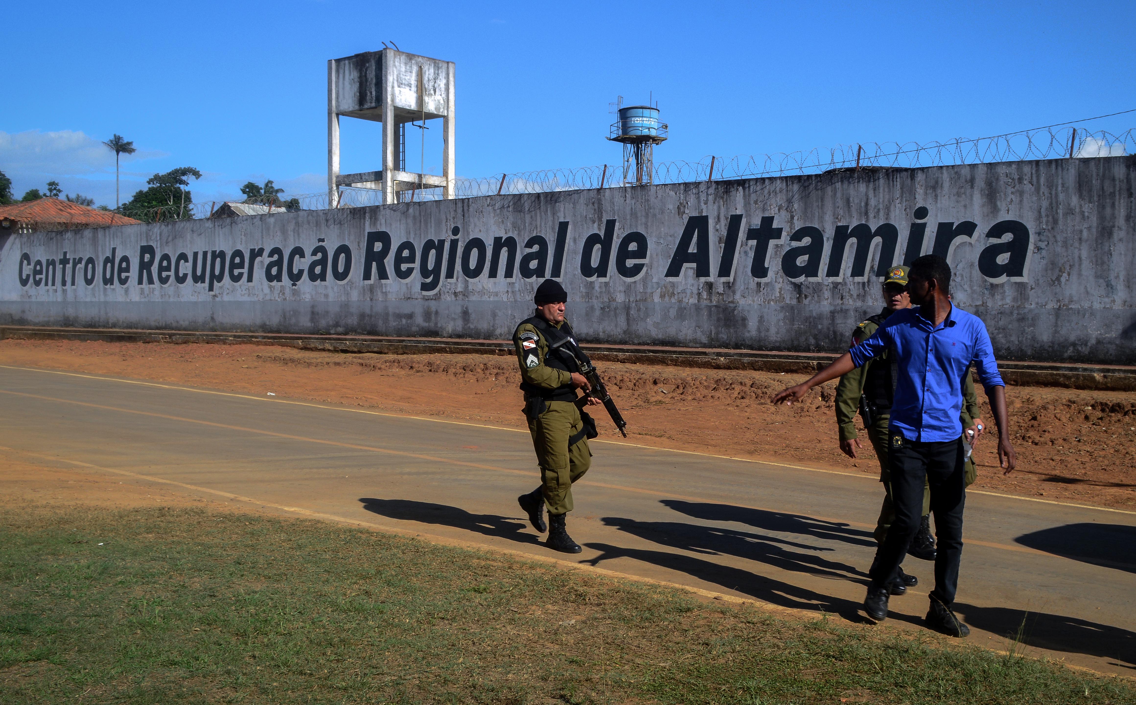 Legalább 57 halott egy brazíliai börtönlázadásban