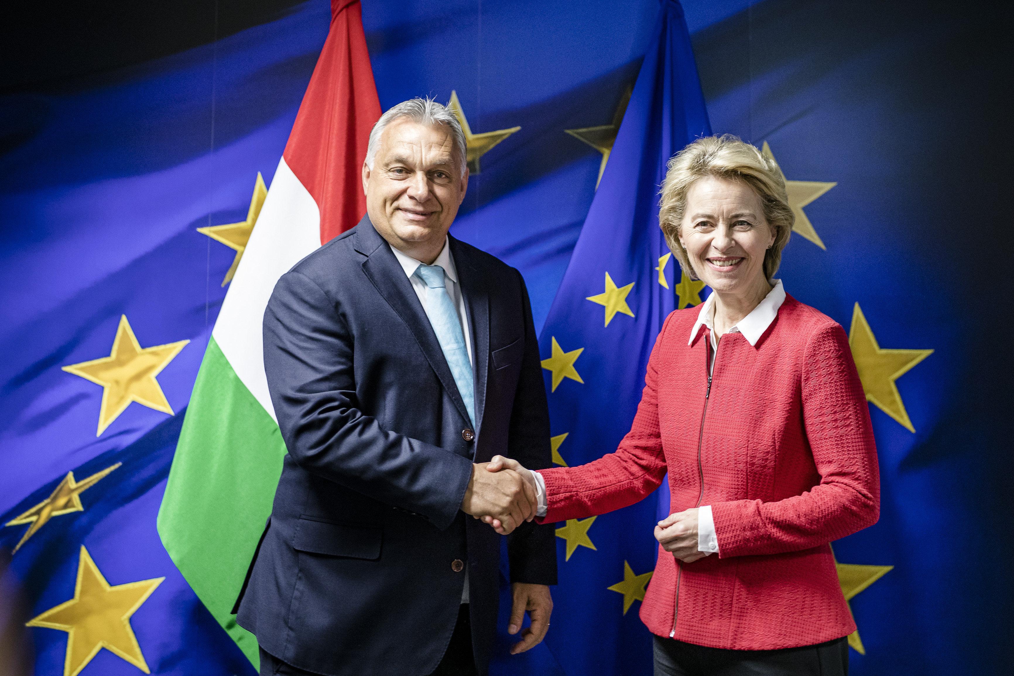 Egy női biztosjelöltet is kér a kormánytól az Európai Bizottság