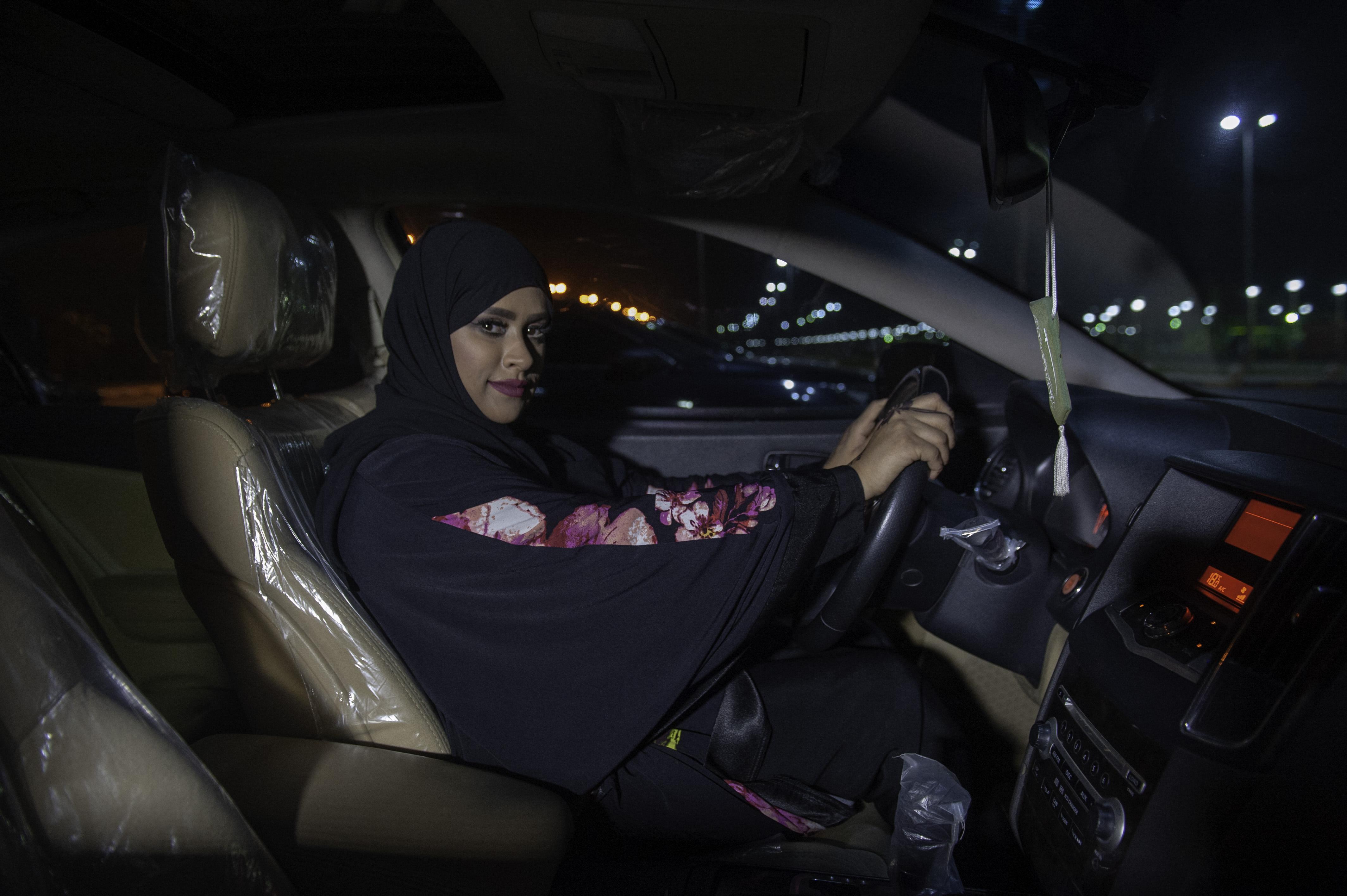 Megengedték a szaúdi nőknek, hogy egyedül utazzanak külföldre