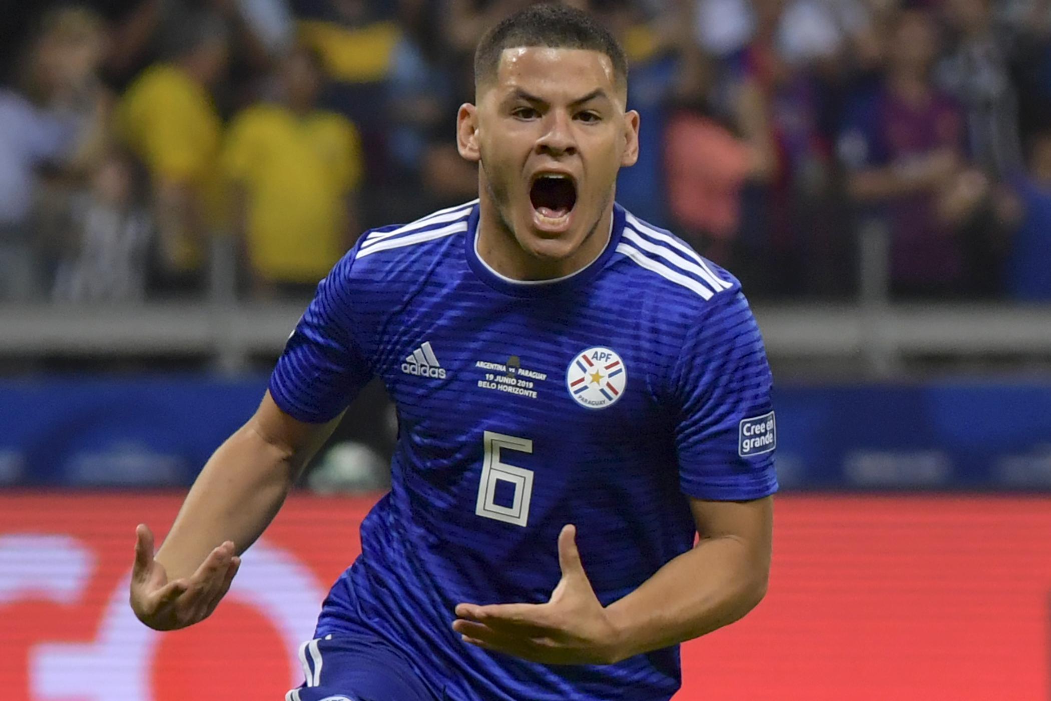 A MOL Fehérvár kifizetett volna 700 millió forintot egy paraguayi focista játékjogának feléért