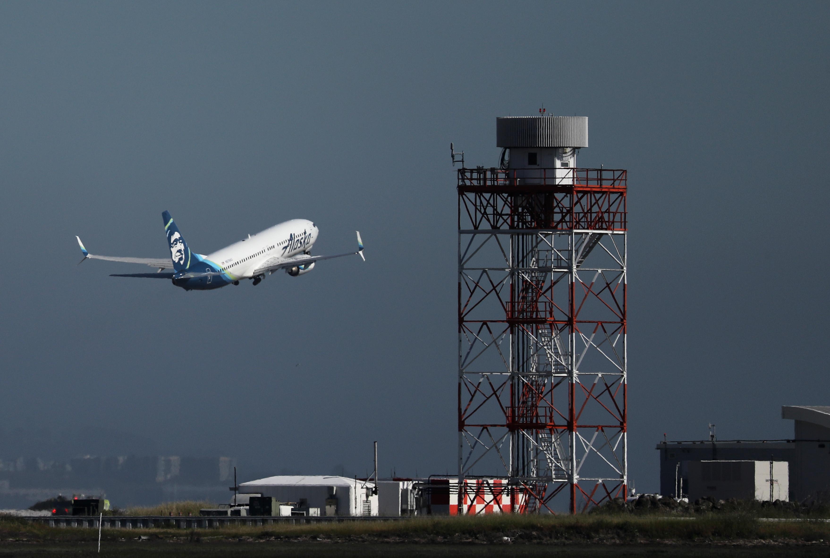 Kitiltották az egyszer használatos műanyagpalackokat a San Francisco-i reptérről