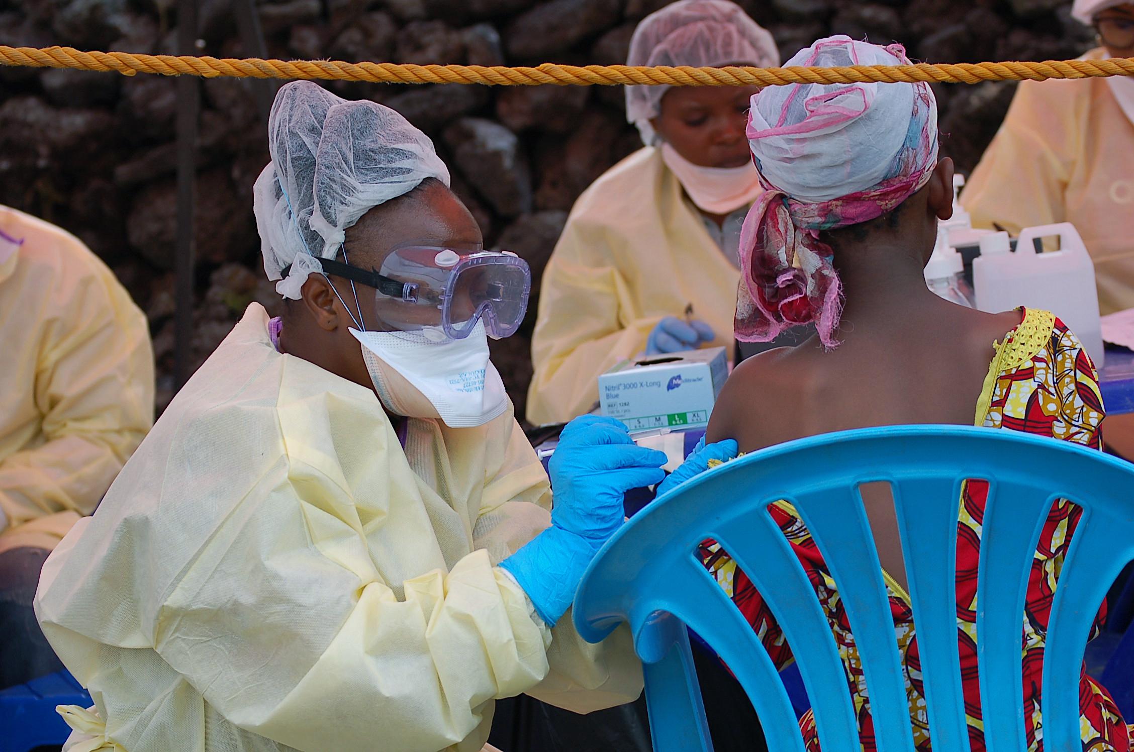 WHO: 12 ebola-fertőzöttet találhattak Kongóban egy új fertőzésgócban