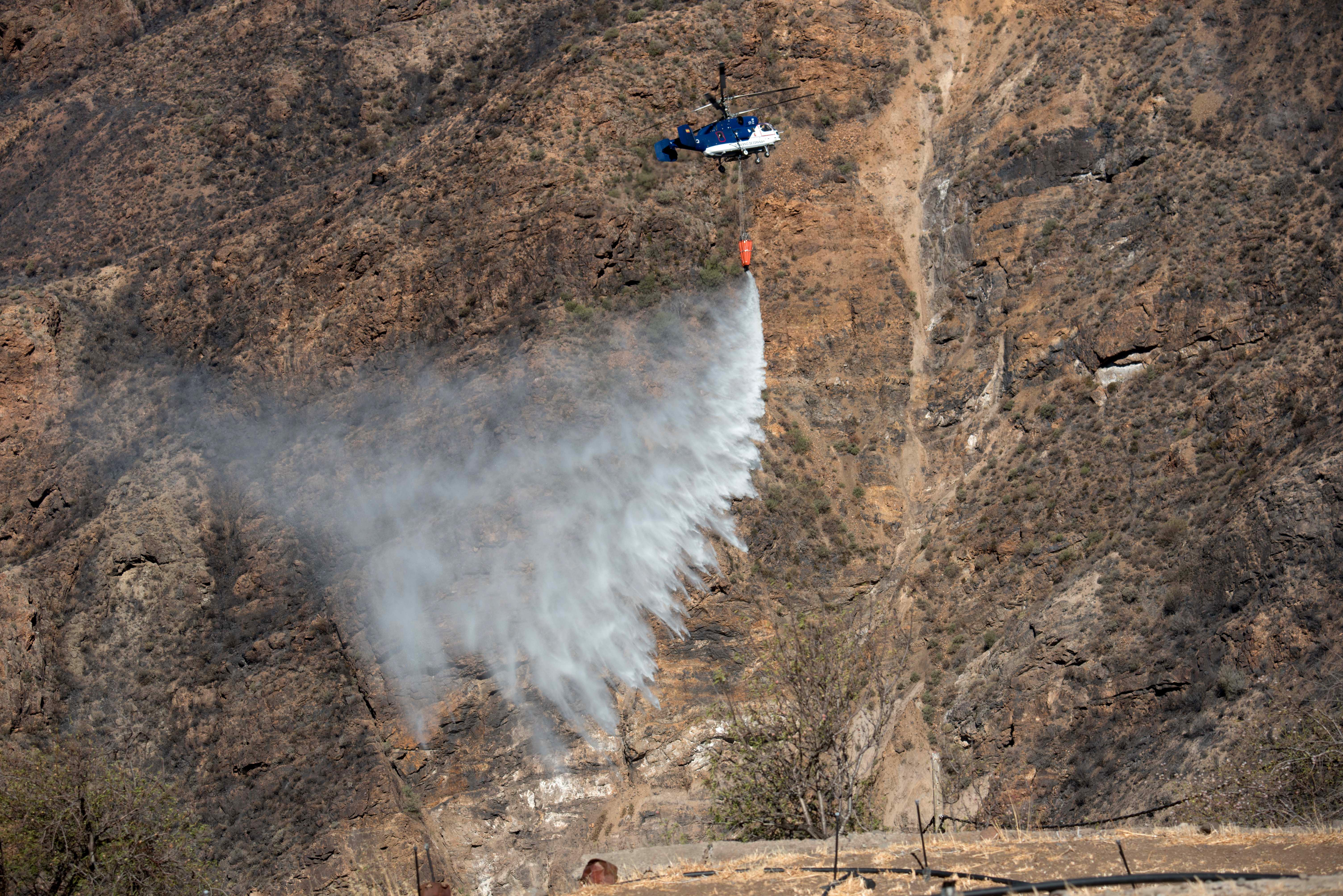 Luxusszállódát is kiürítettek a Kanári-szigeteken tomboló tűz miatt