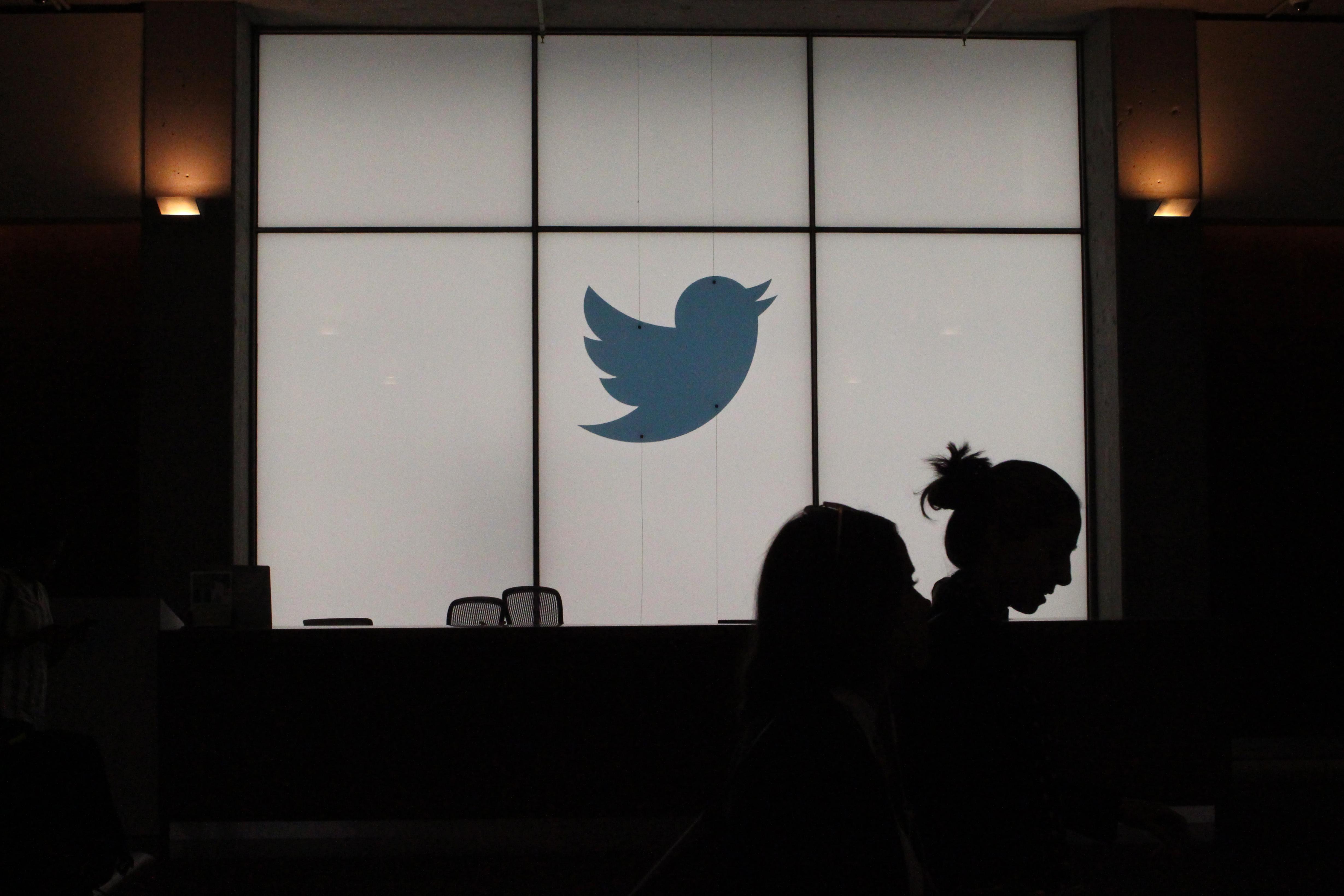 A Twitter betiltja az állami média hirdetéseit