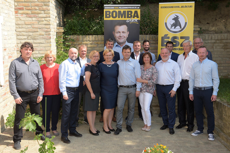 Szekszárdon is ellenzéki győzelem két választókörzetben, Komlón marad a fideszes polgármester