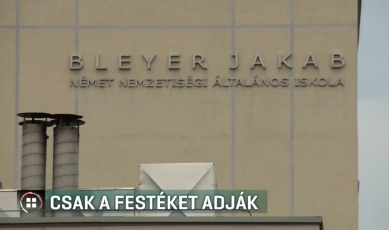 A Klebelsberg Központ csak festéket ad, a tisztasági falfestést már a szülőknek kellene elvégezniük egy budaörsi iskolában