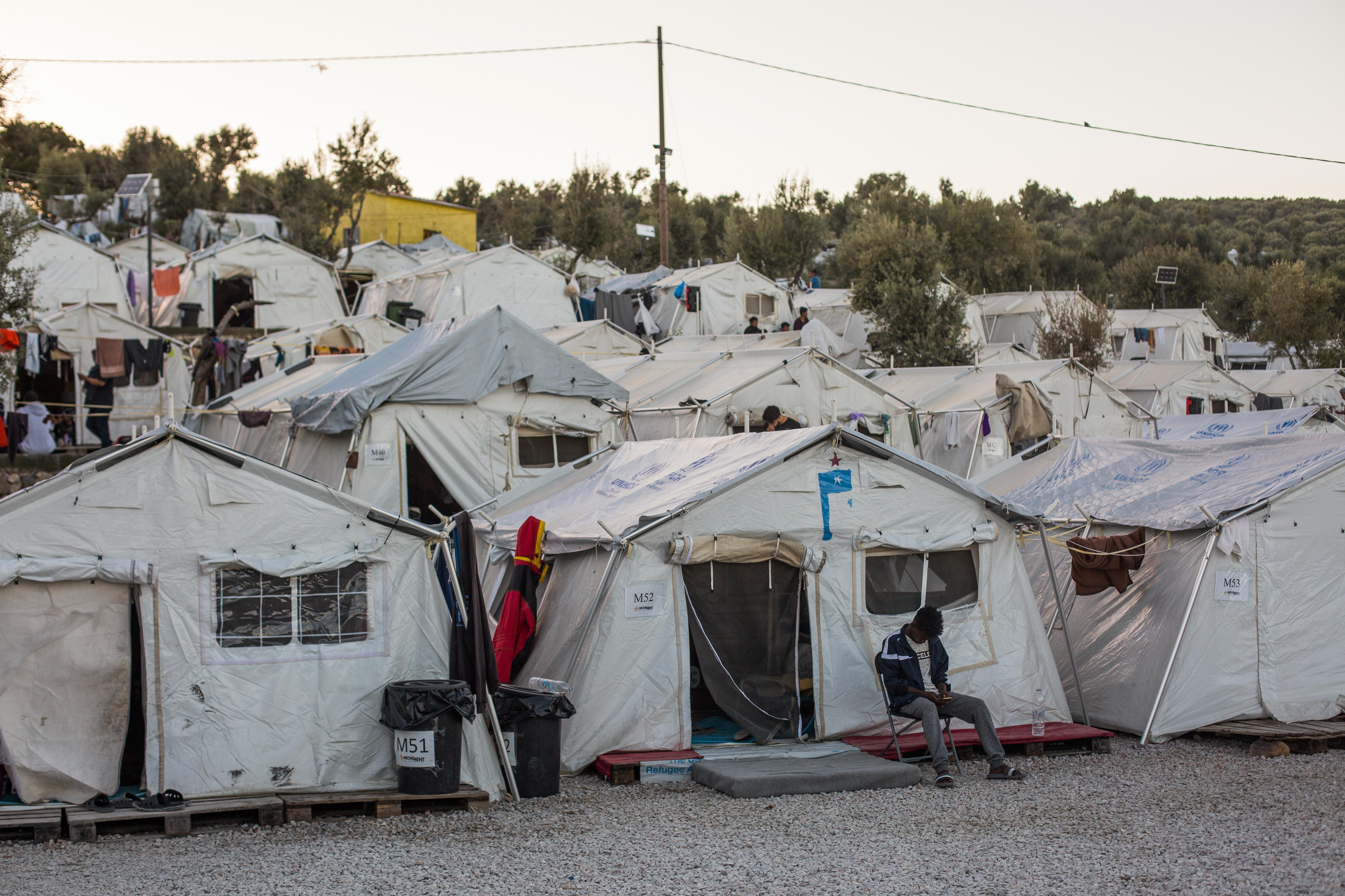 Három éve nem érkezett egy nap alatt annyi menekült Leszbosz szigetére, mint most csütörtökön