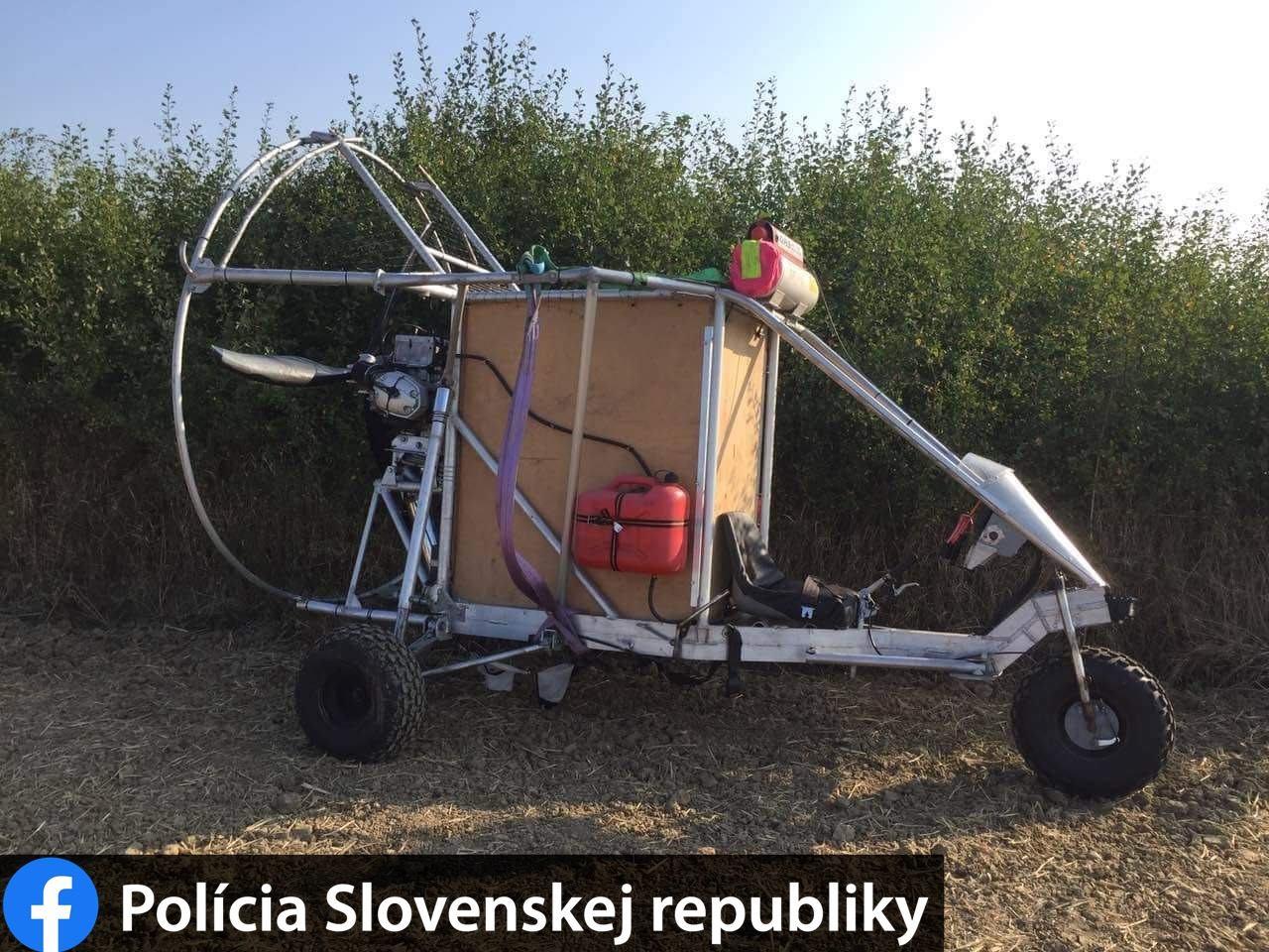 Túl hangos volt a szlovák határon átszökő férfi házilag összetákolt lopakodója
