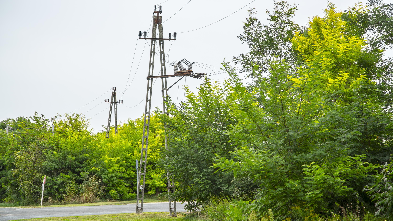 Rájöttek az áramszolgáltatók, hogy nem a karantén ideje alatt kellene áramszünetet csinálni