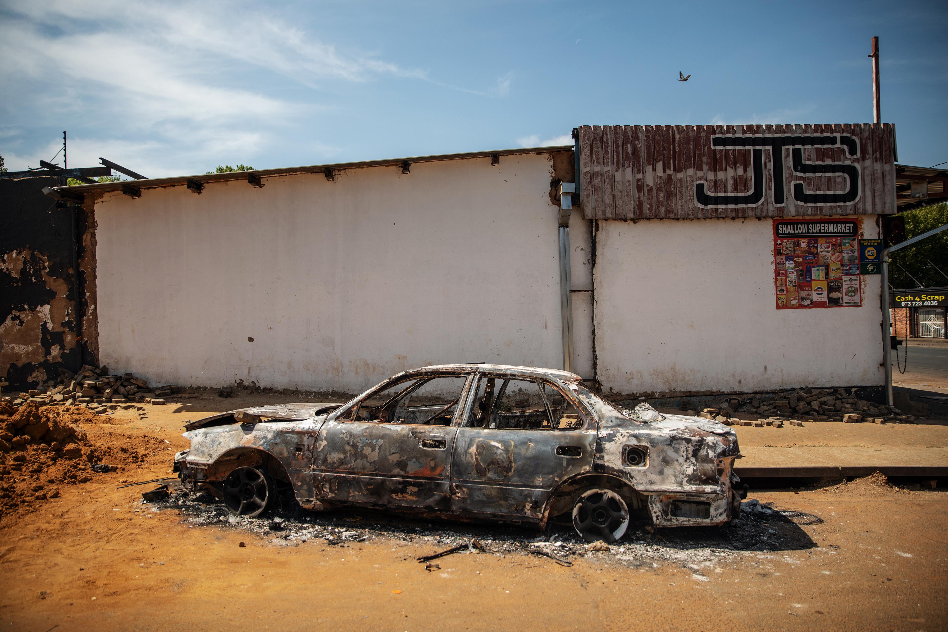 Nigéria bezárja dél-afrikai nagykövetségét az idegenellenes erőszakhullám miatt
