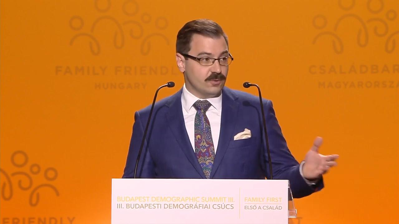 3,5 milliárdot kapott Rogán minisztériumától a fideszesekkel teli Batthyány Lajos Alapítvány