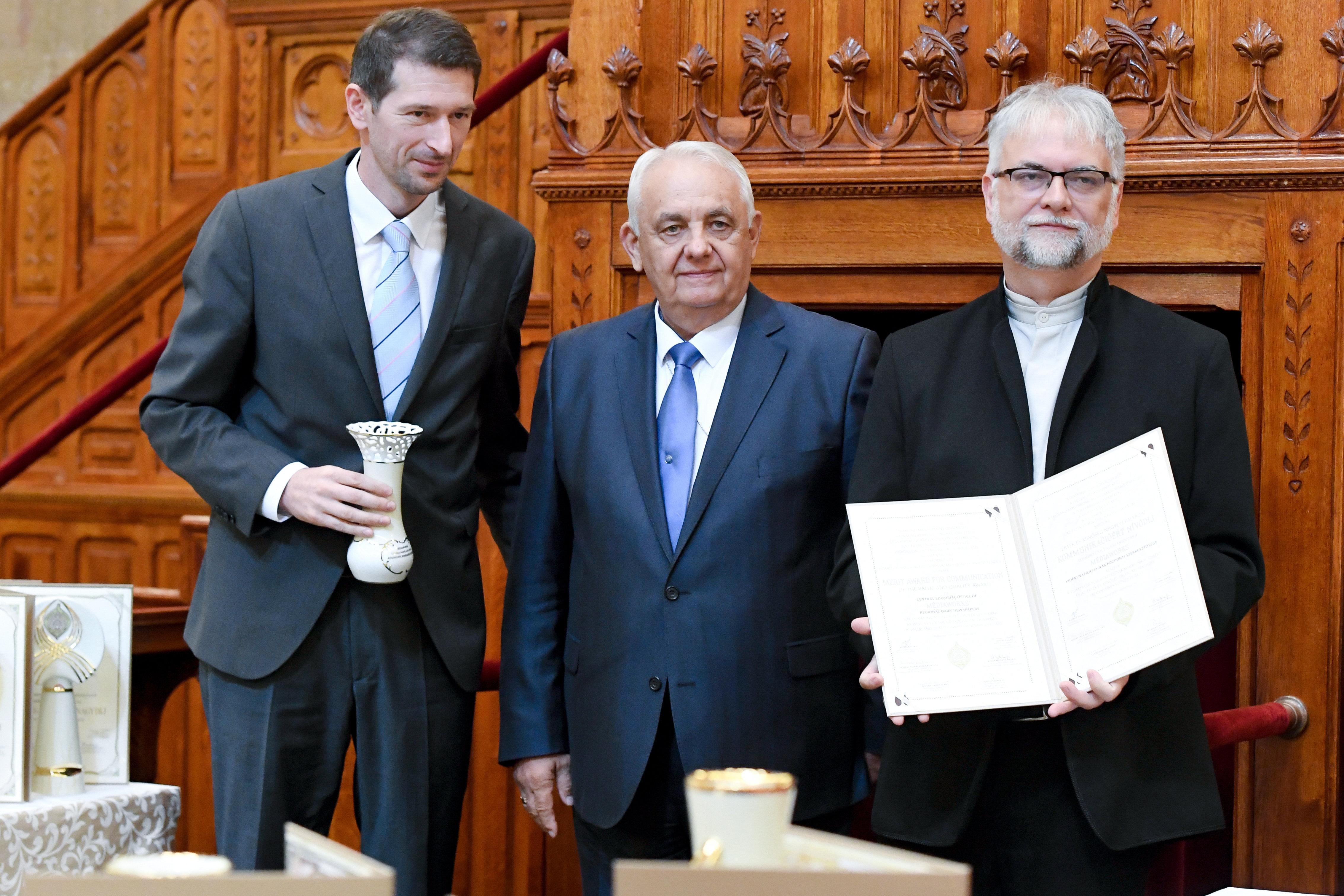 A Hír Tv és a Médiaworks központi szerkesztősége is nívódíjat kapott a Parlamentben