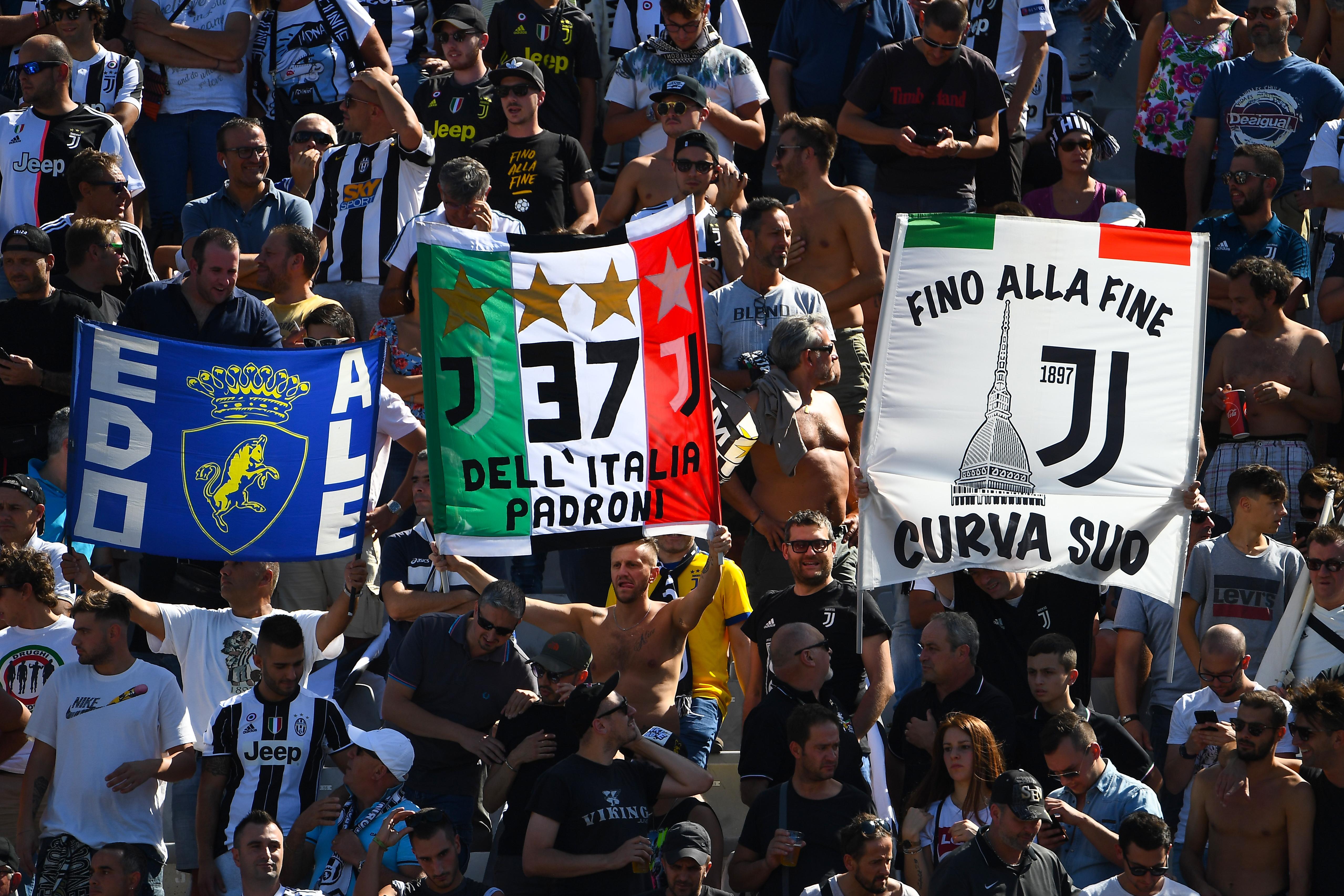 Megzsarolták az ultrái a Juventust, hogy rasszista rigmusokat fognak énekelni, ha nem kapnak ingyenjegyeket