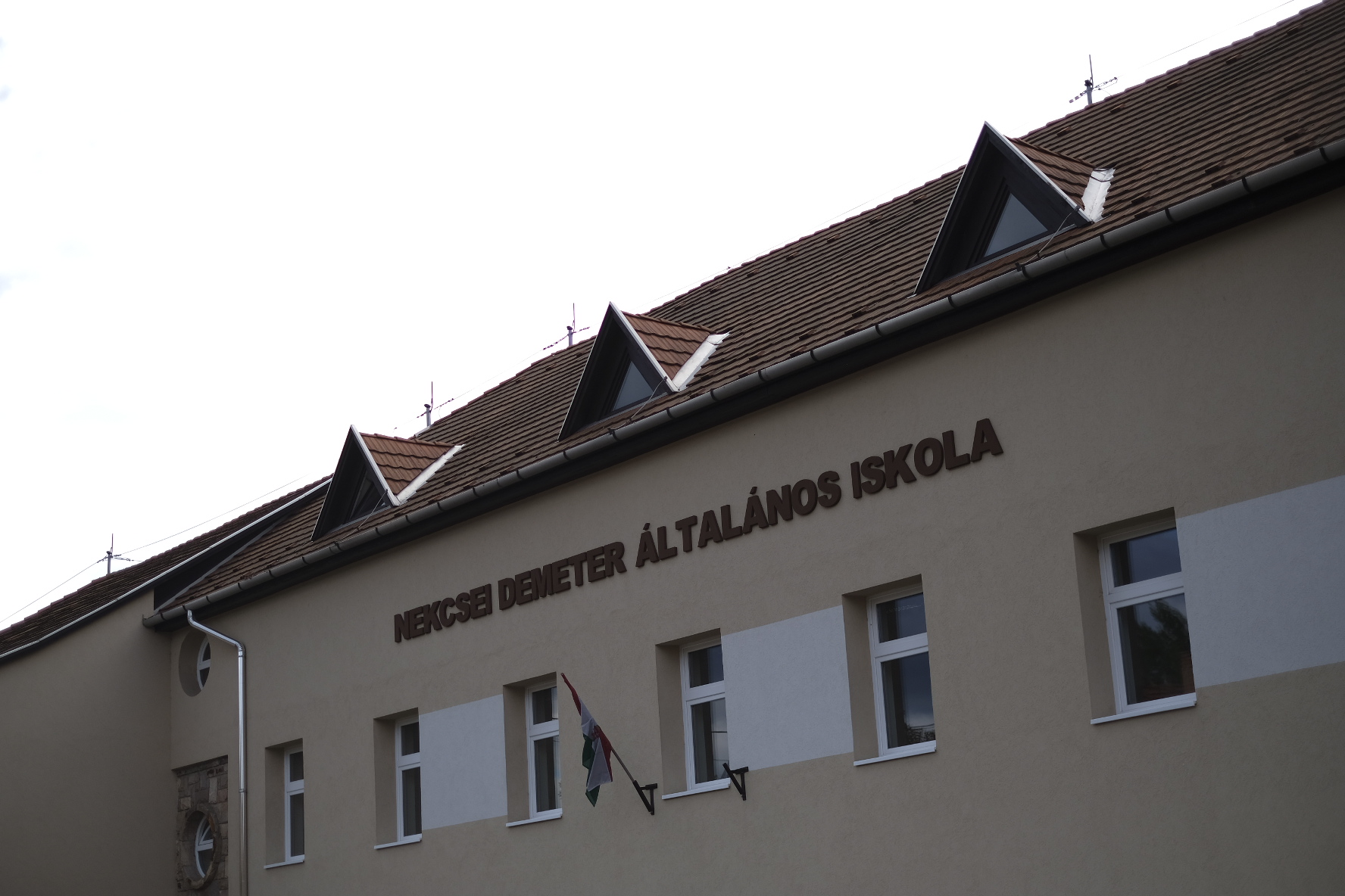 Leváltják a gyerekbántalmazással vádolt iskolaigazgatót Gyöngyöspatán