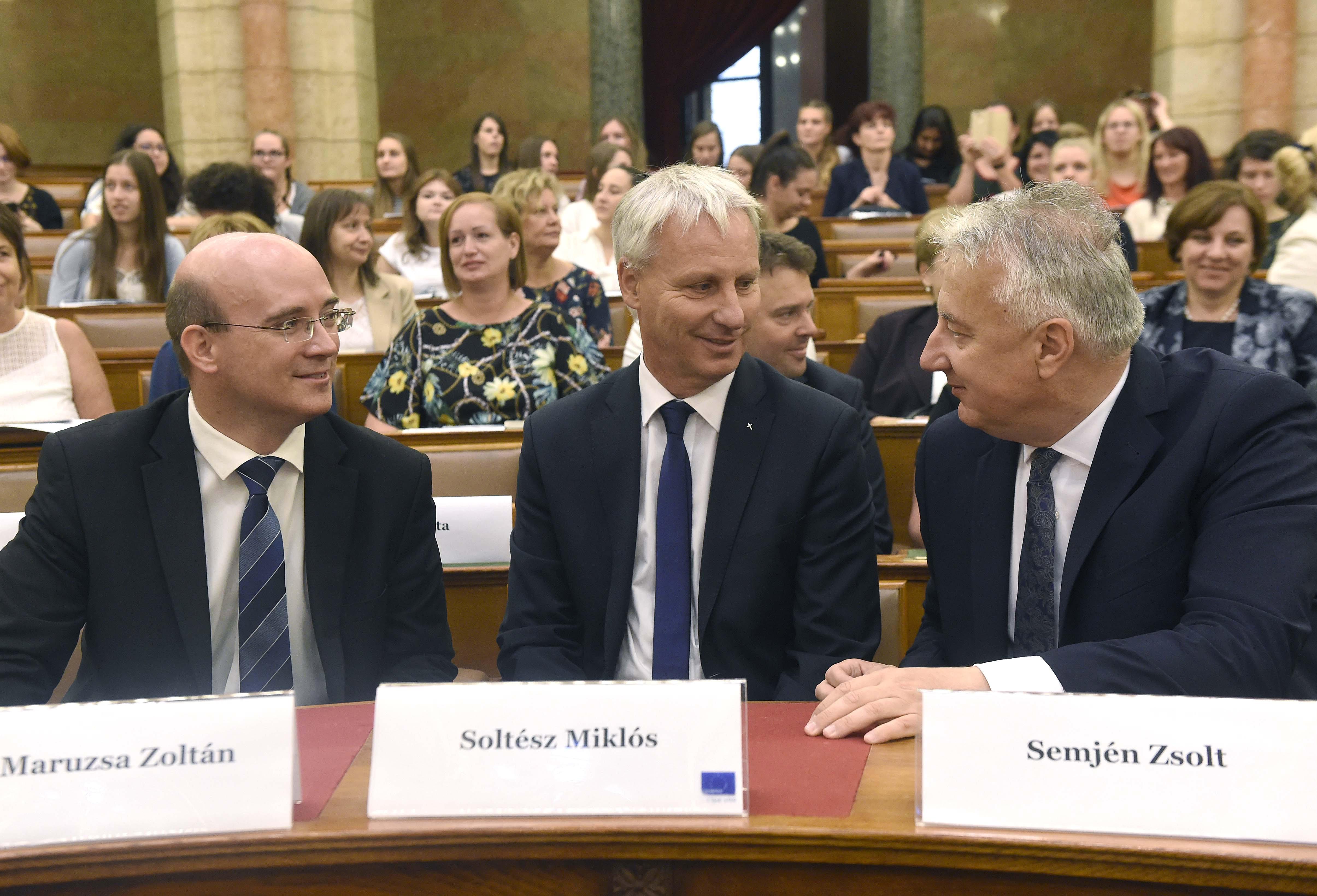 A Fidesz szerint antiszemita megjegyzést tett a parlamentben egy jobbikos