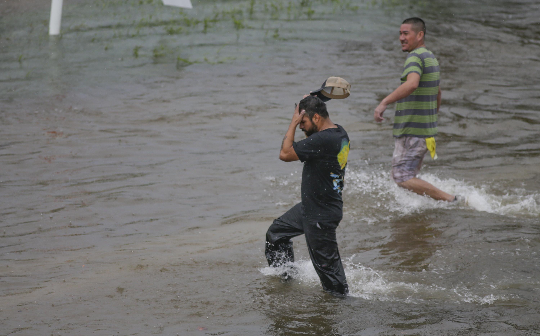 Teljesen megállt az élet Houstonban a hurrikán miatt