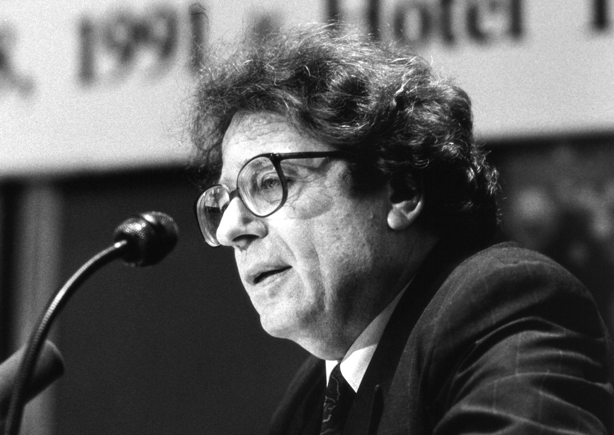 Konrád György a Berlini Művészeti Akadémiára bízta a hagyatékát