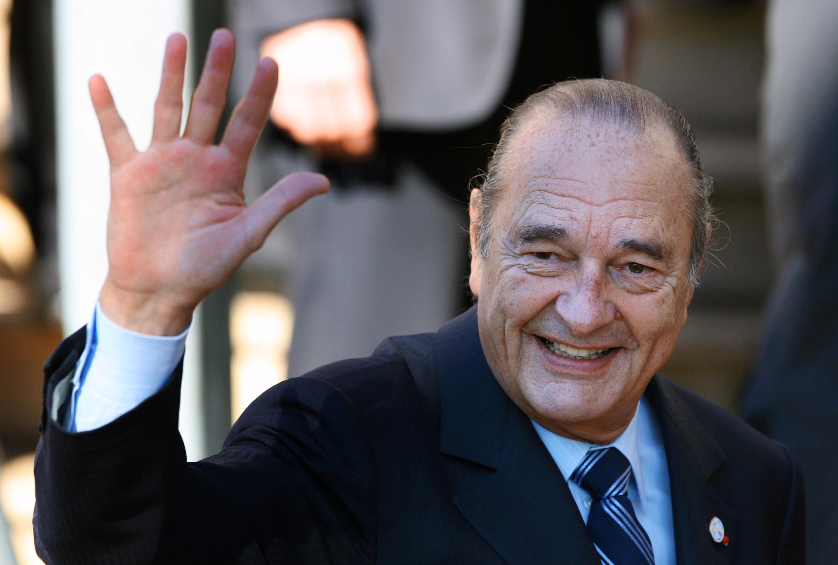 Meghalt Jacques Chirac