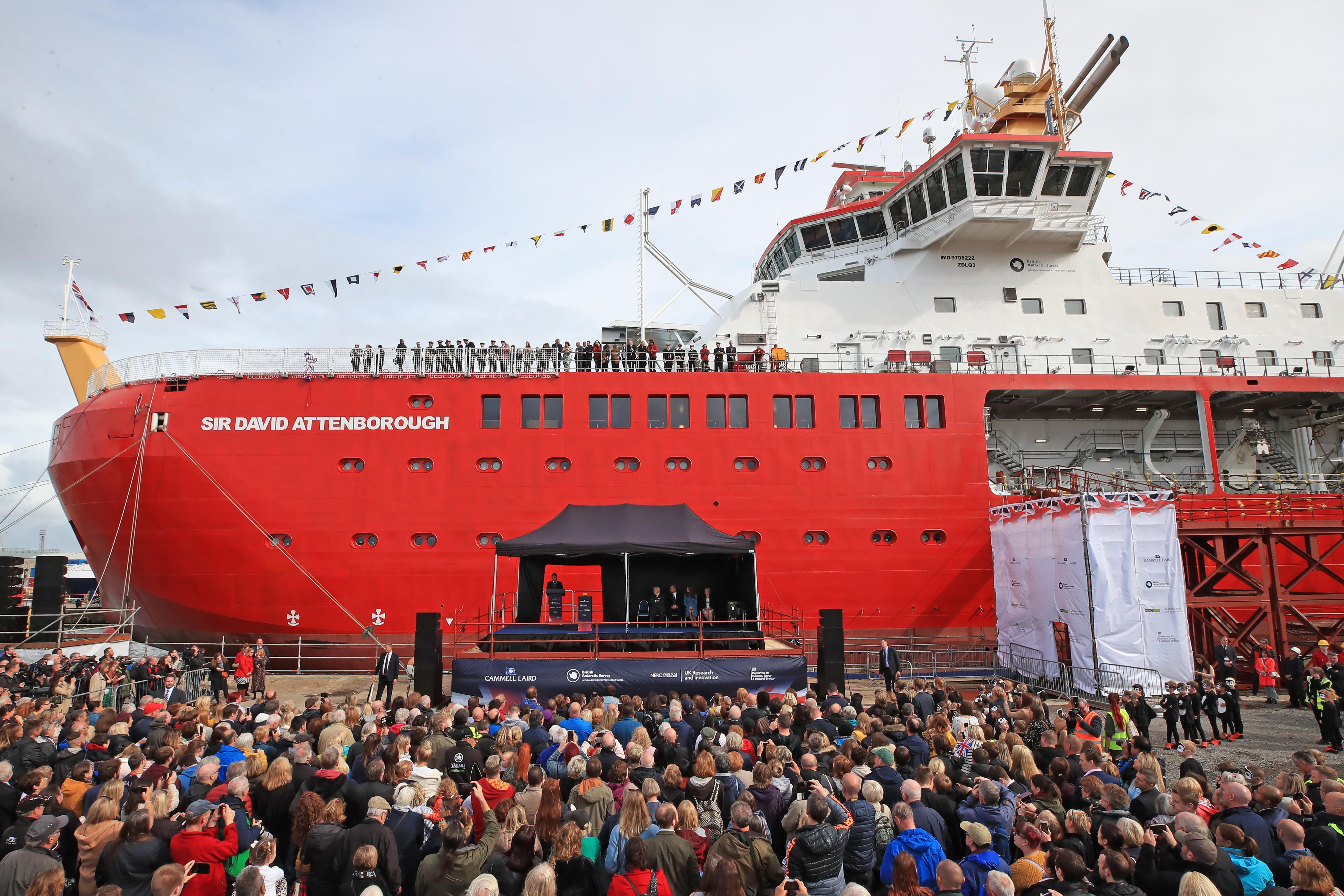 David Attenboroughról neveztek el egy gigantikus új sarkkutatóhajót