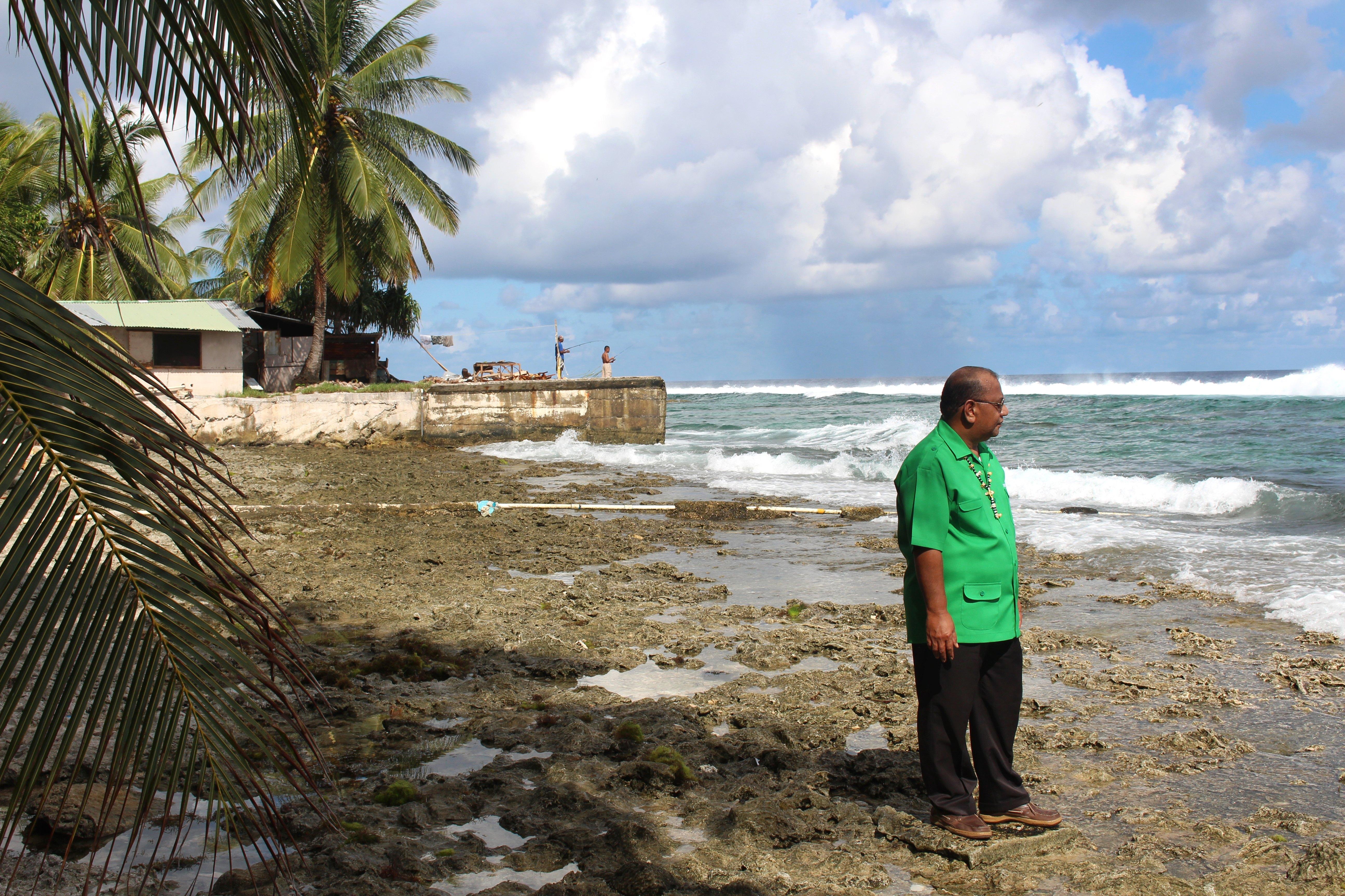 A kormány elérkezettnek érezte az időt, hogy felvegye a kapcsolatot a Marshall-szigeteki Köztársasággal