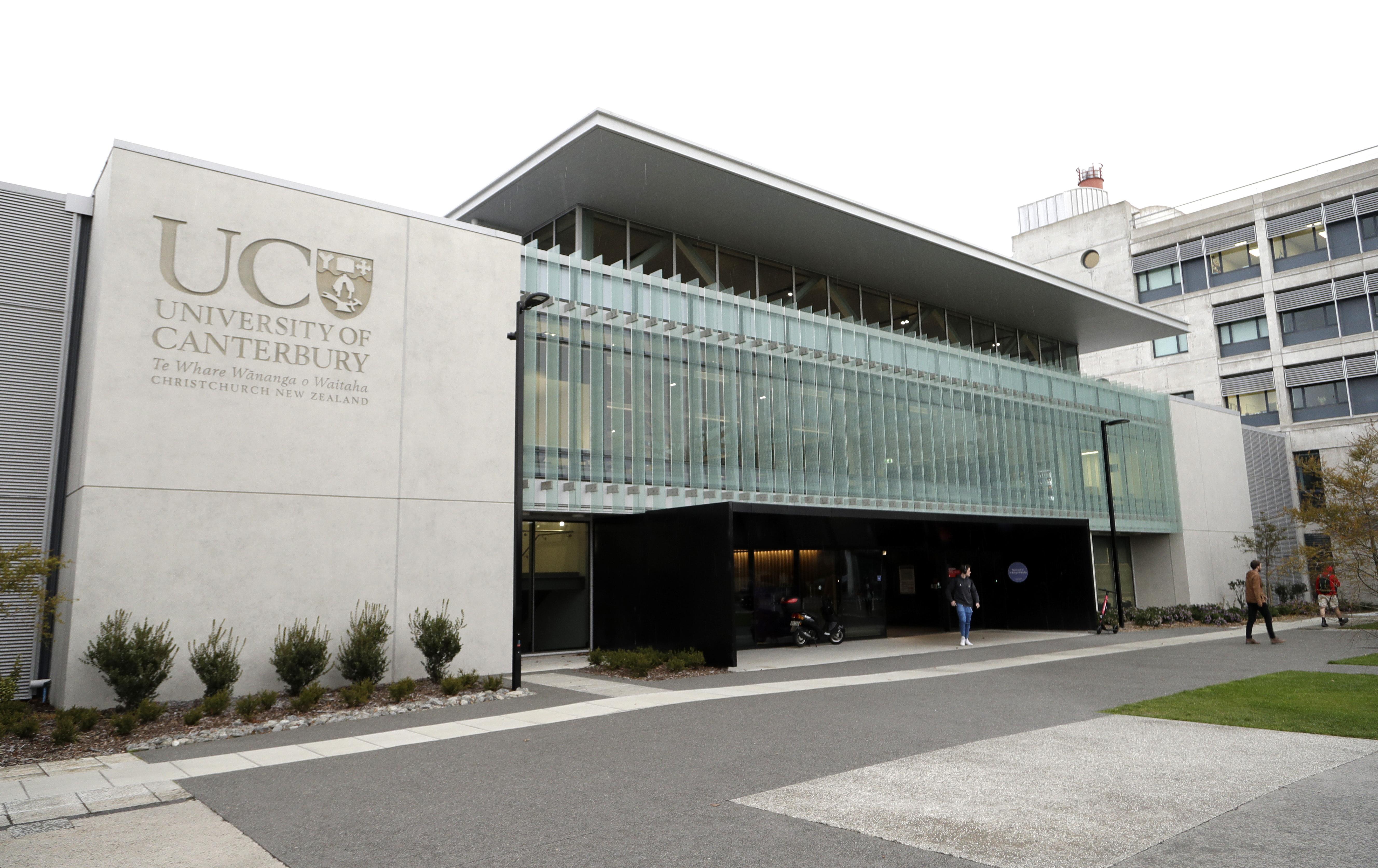 Egy új-zélandi kollégiumban két hónap után vették észre, hogy meghalt az egyik egyetemista