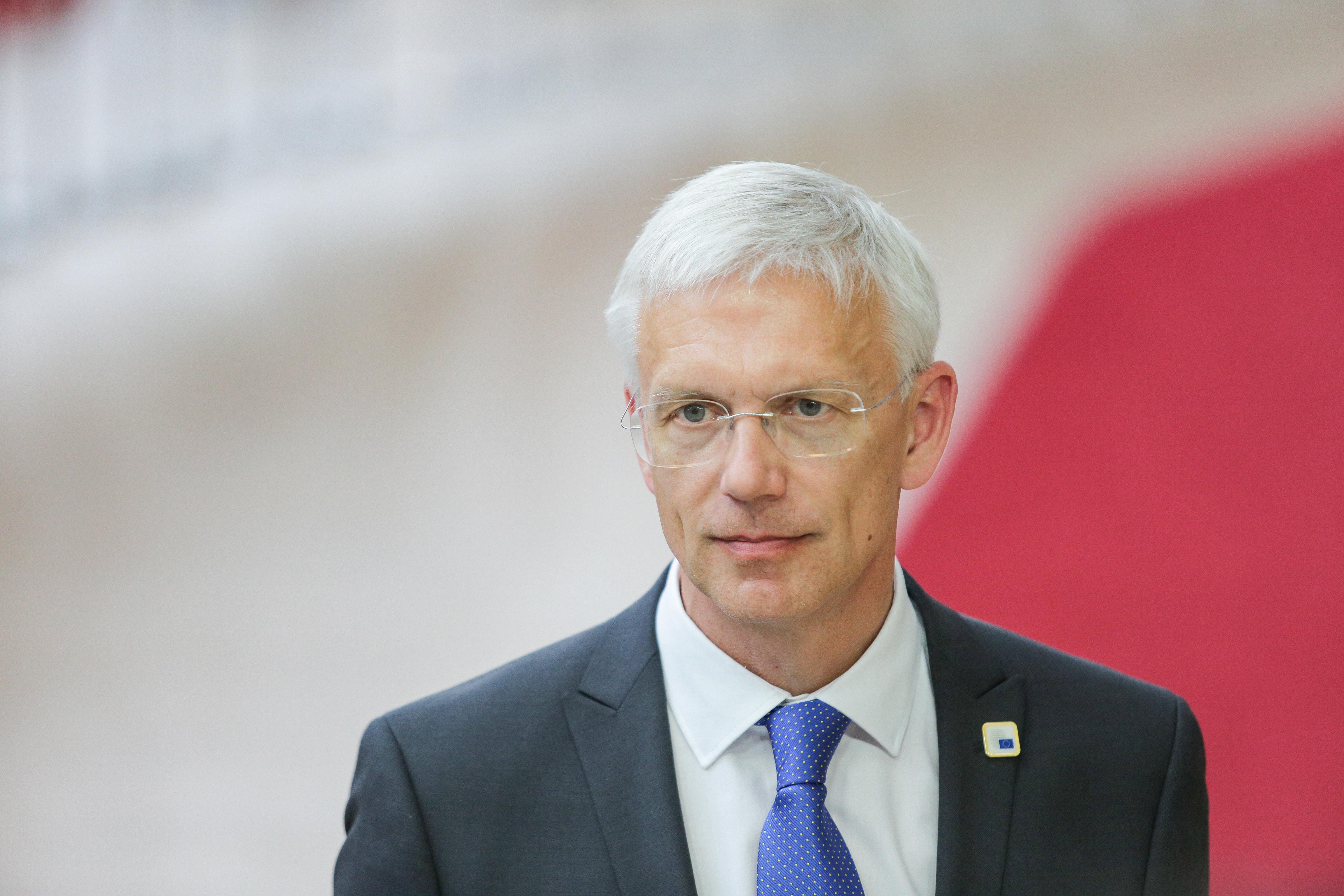A lett miniszterelnök szerint a Fidesznek csak akkor van helye a Néppártban, ha bezöldül