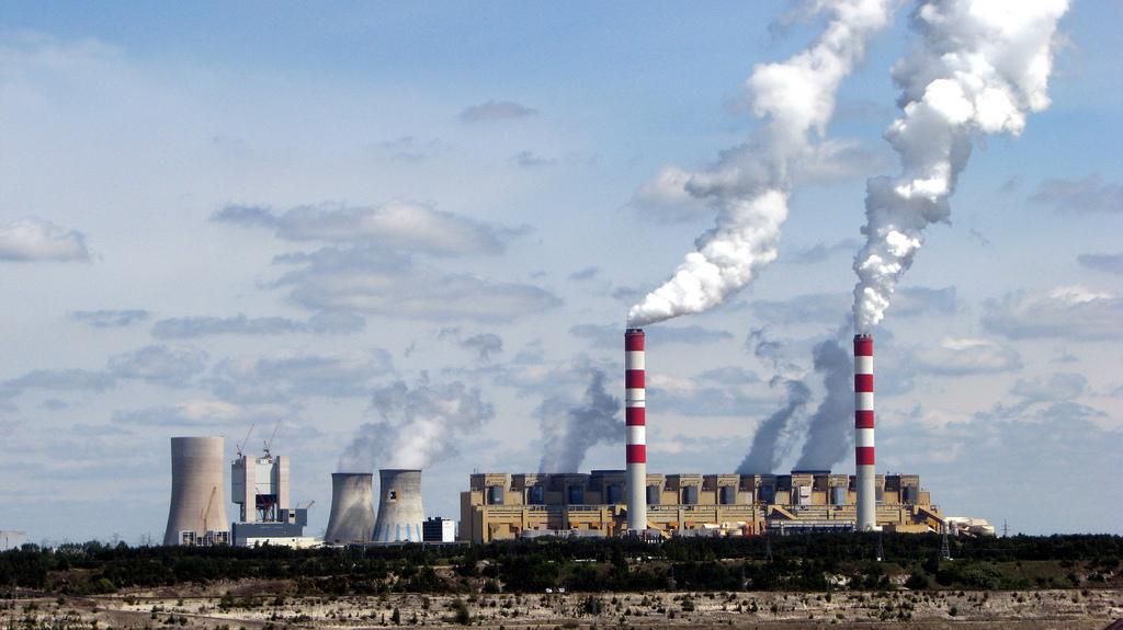 Bíróságon mennek neki a környezetvédők az EU legszennyezőbb erőművének