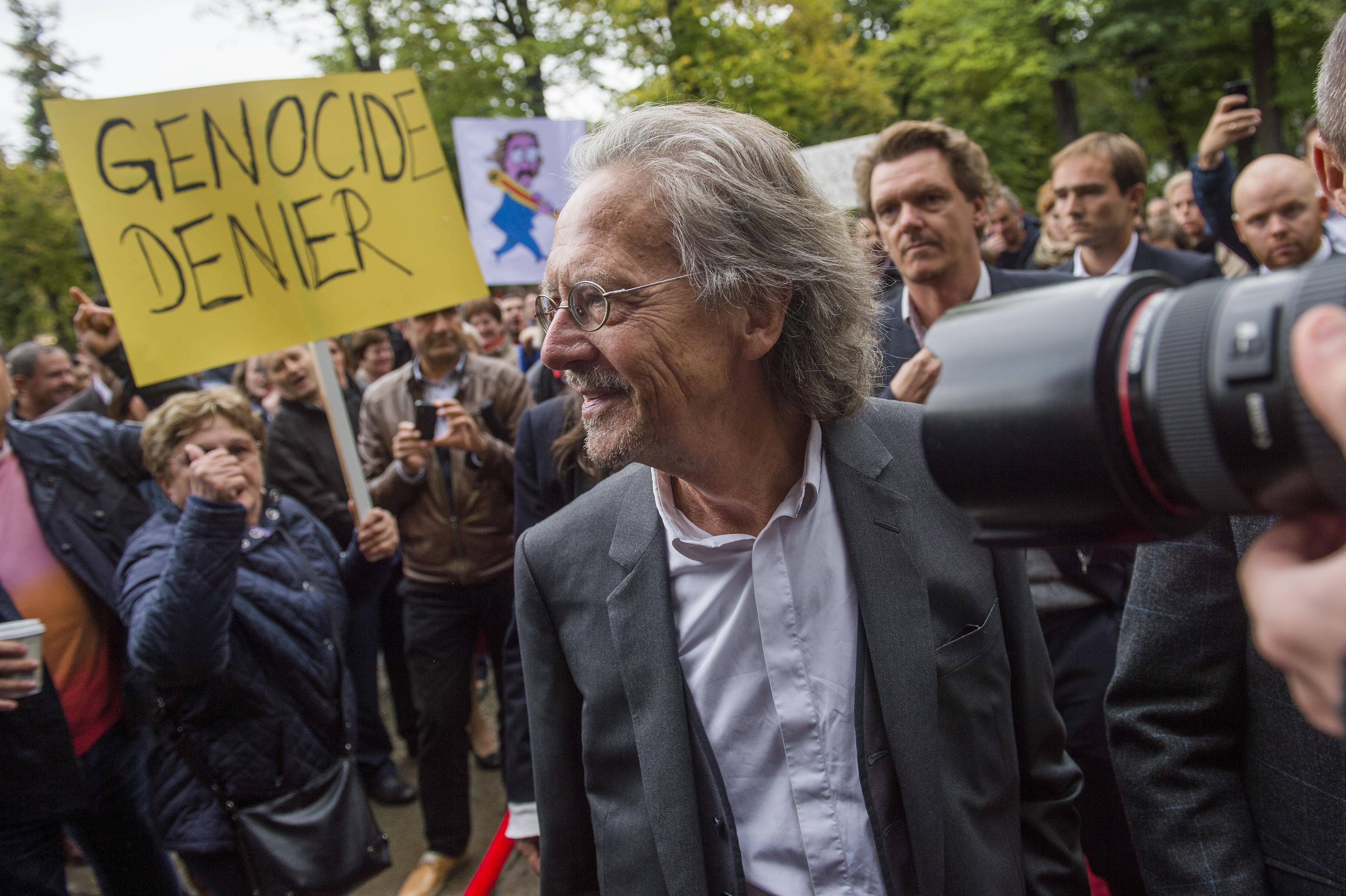 Két bosnyák vélemény Peter Handke irodalmi Nobeljéről