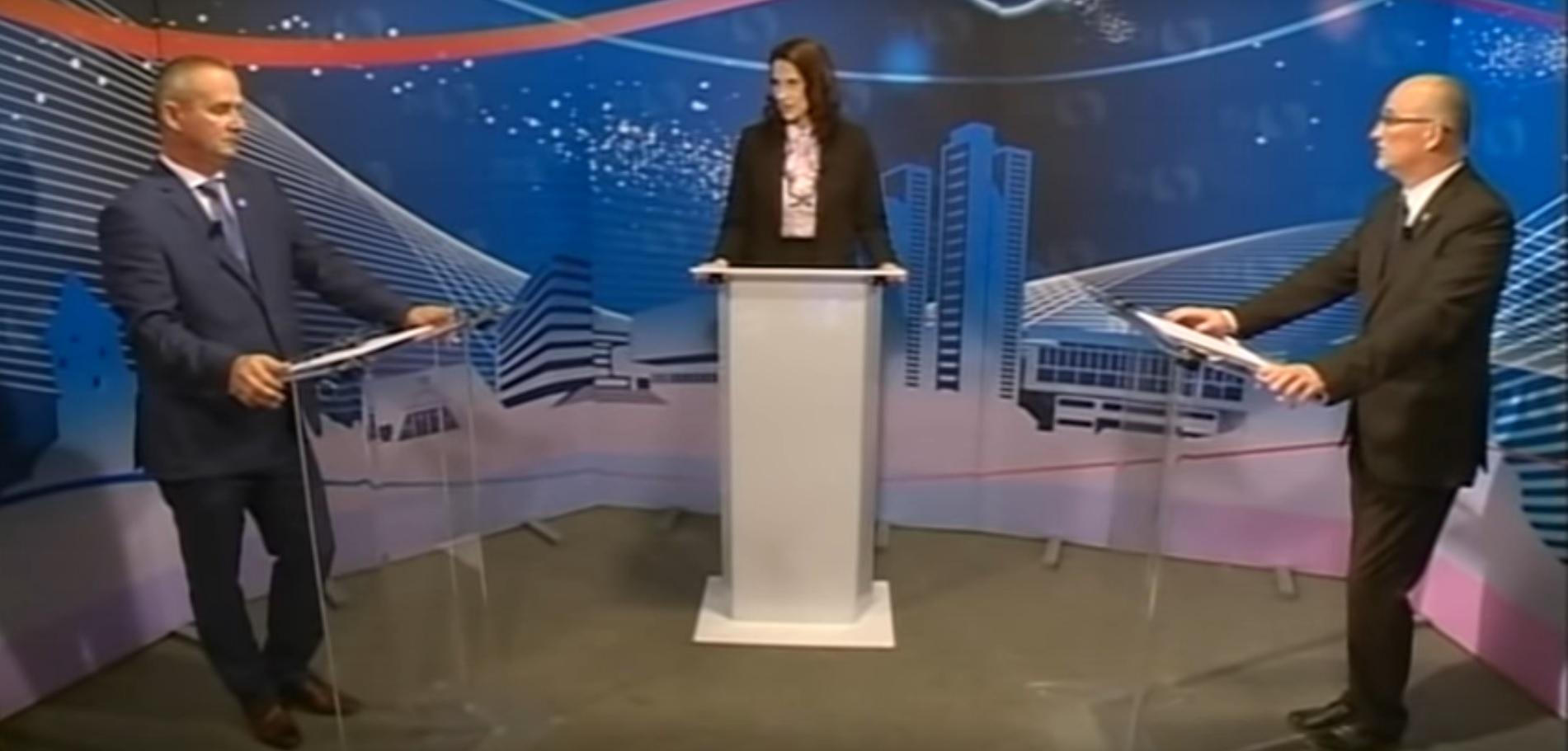 Meglepetés: vannak városok, ahol még tartanak normális választási vitákat