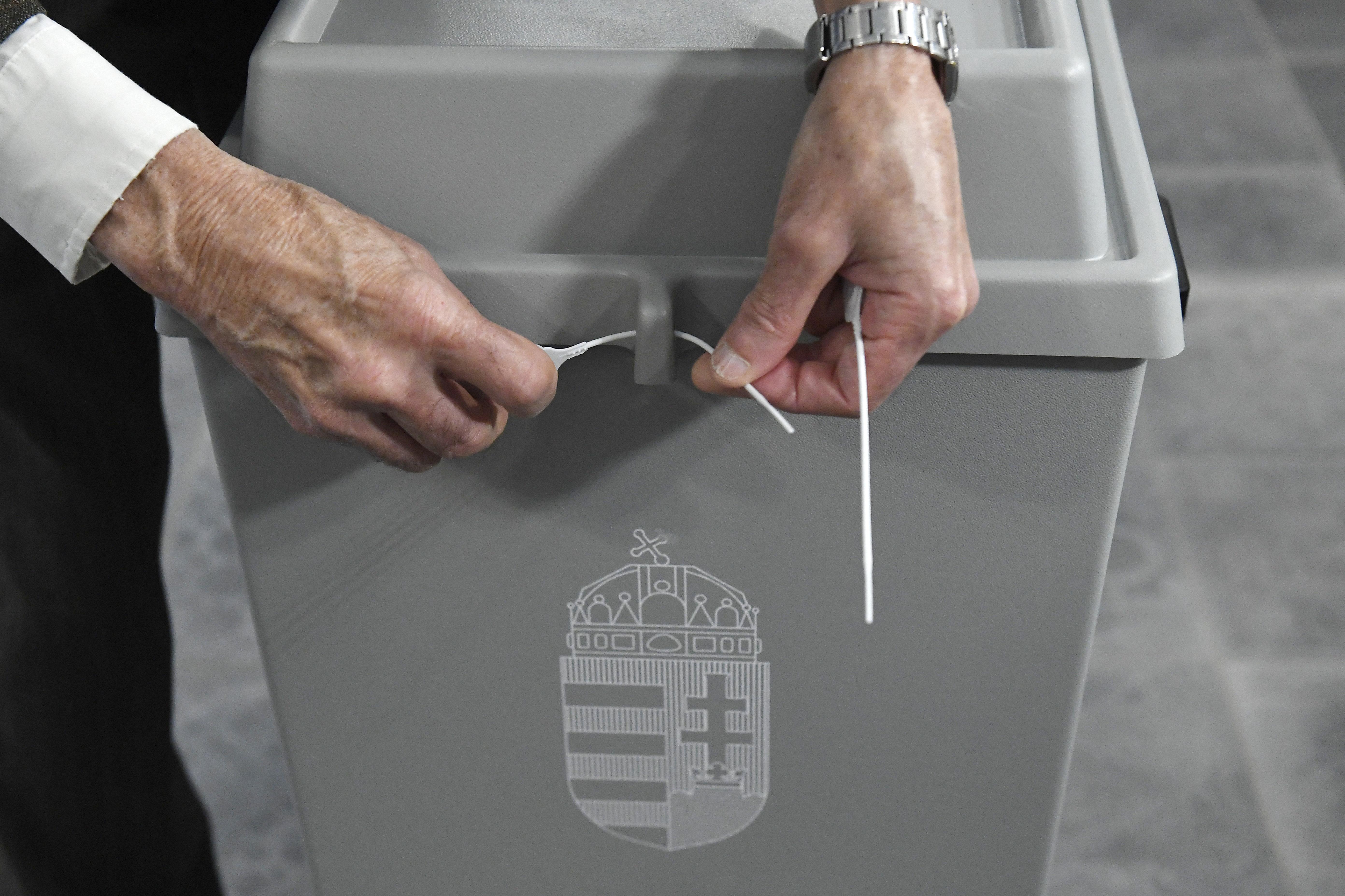 Litéren meg kell ismételni a polgármester-választást egy szavazókörben