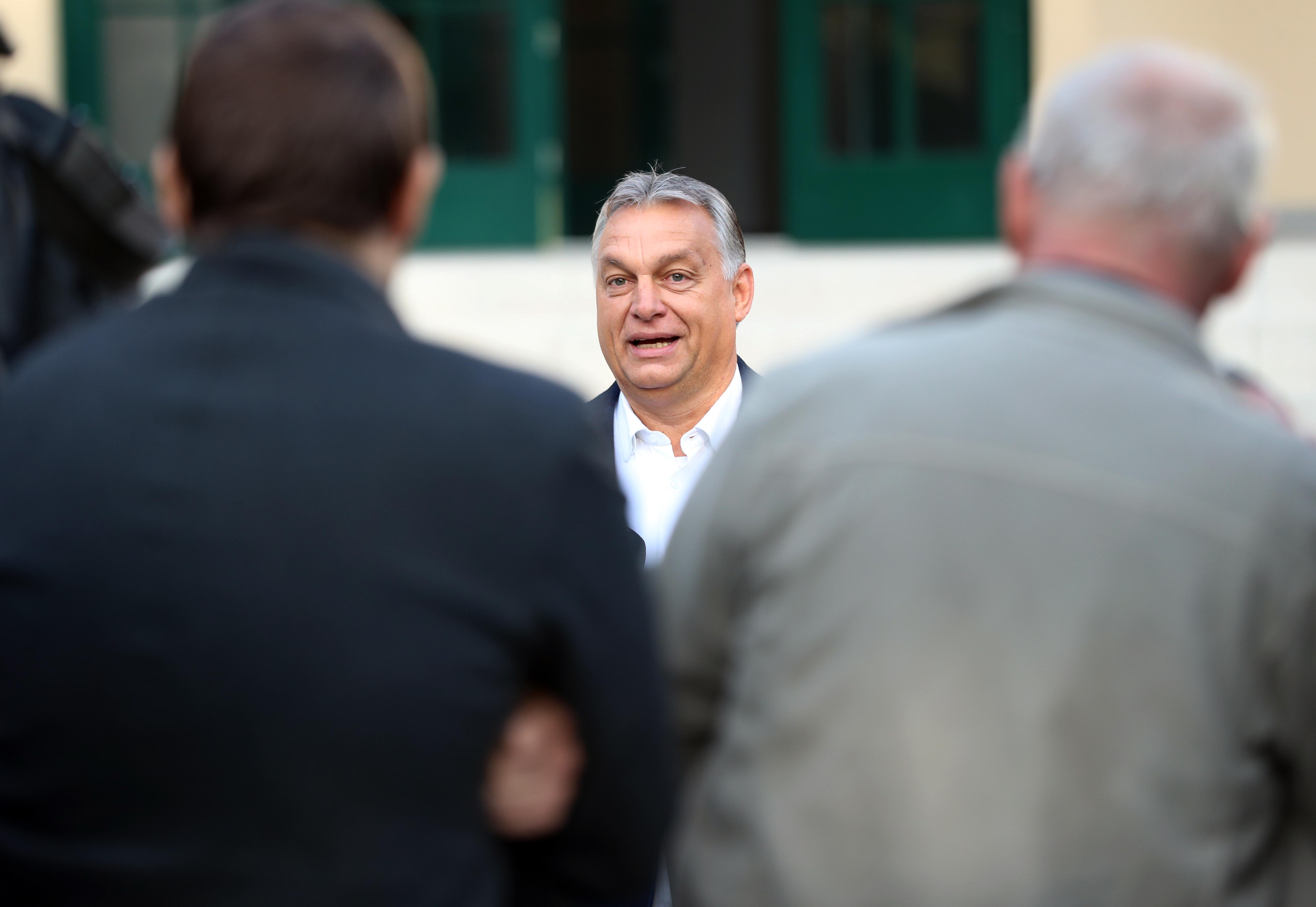 Orbán ma este értékeli a választást a frakcióülésen