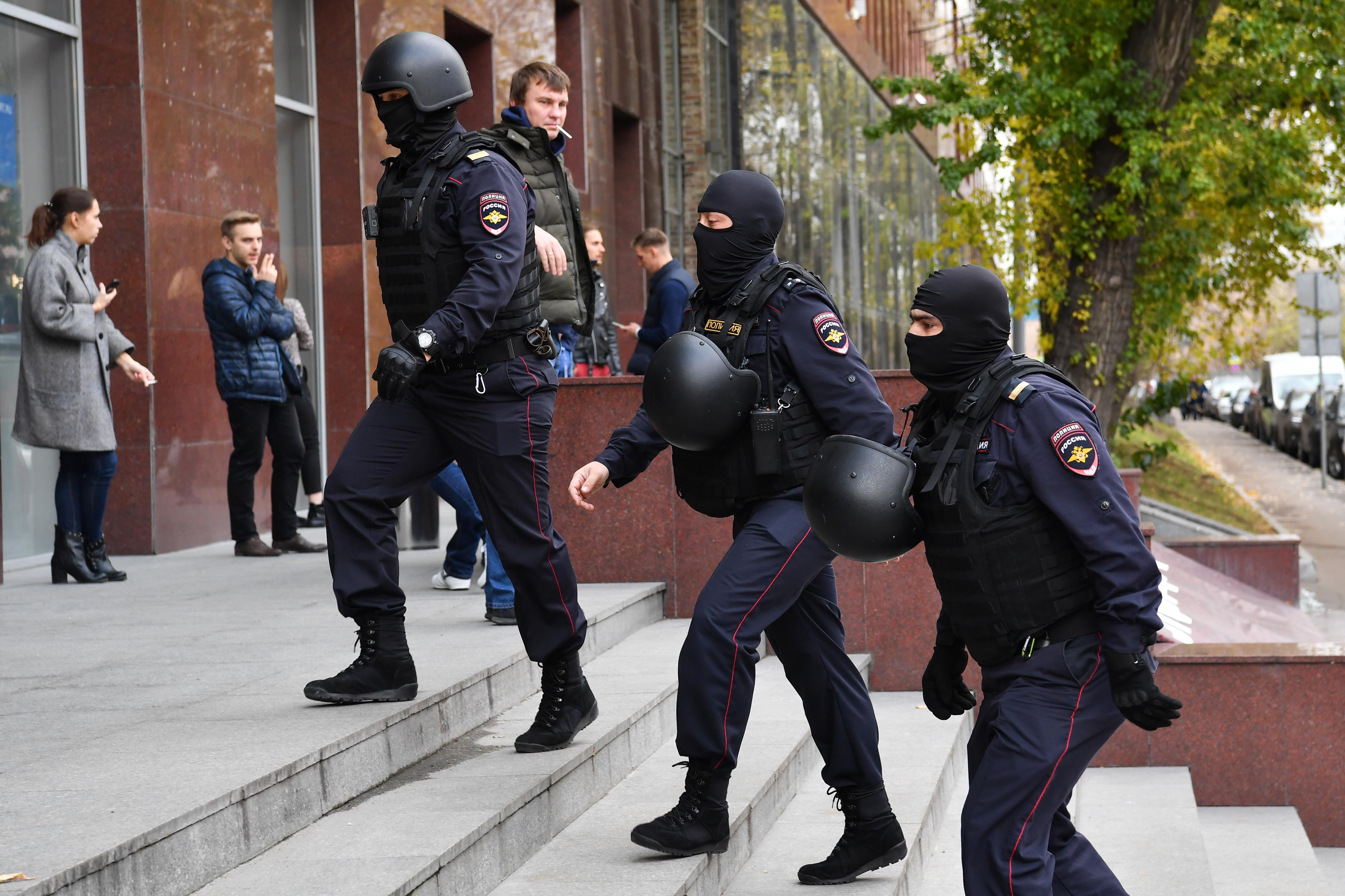 Az ellenzék irodáiban razziázott az orosz rendőrség
