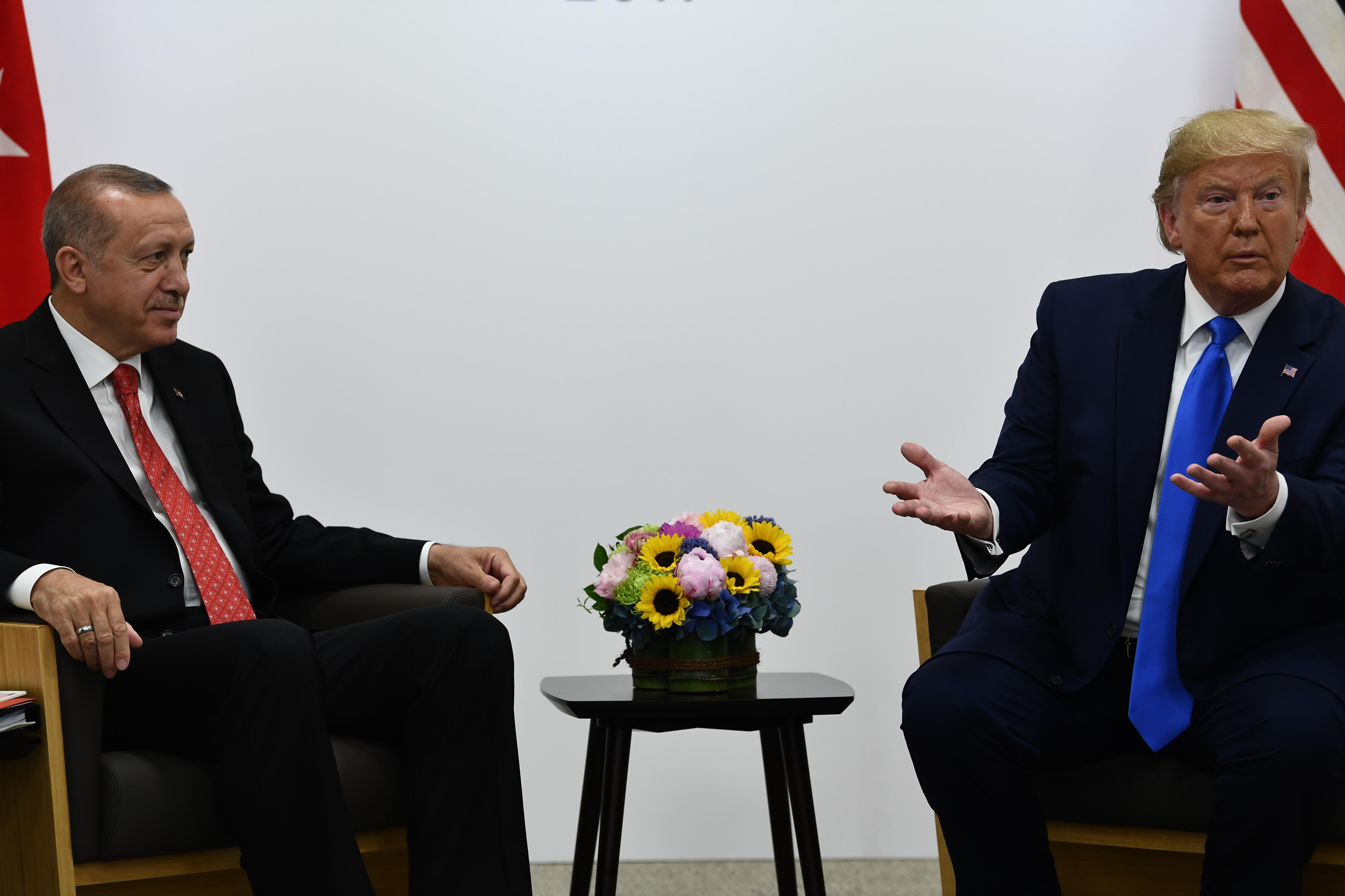 Erdogan a kukába dobta azt a levelet, amiben Trump arra kérte, ne legyen barom