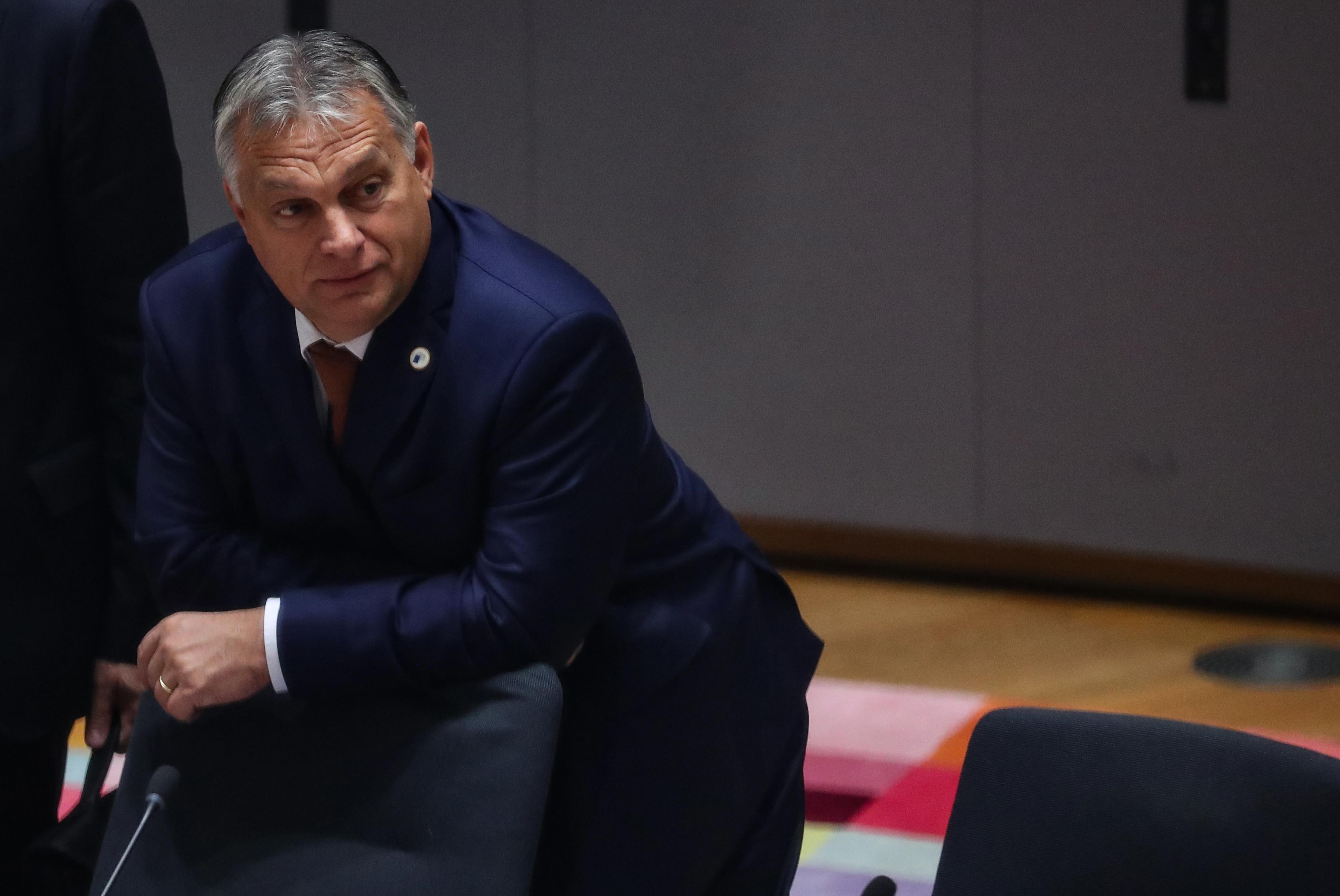 Orbán: Megalázó, hogy Demszkyvel közösen akarják kitüntetni Tarlóst