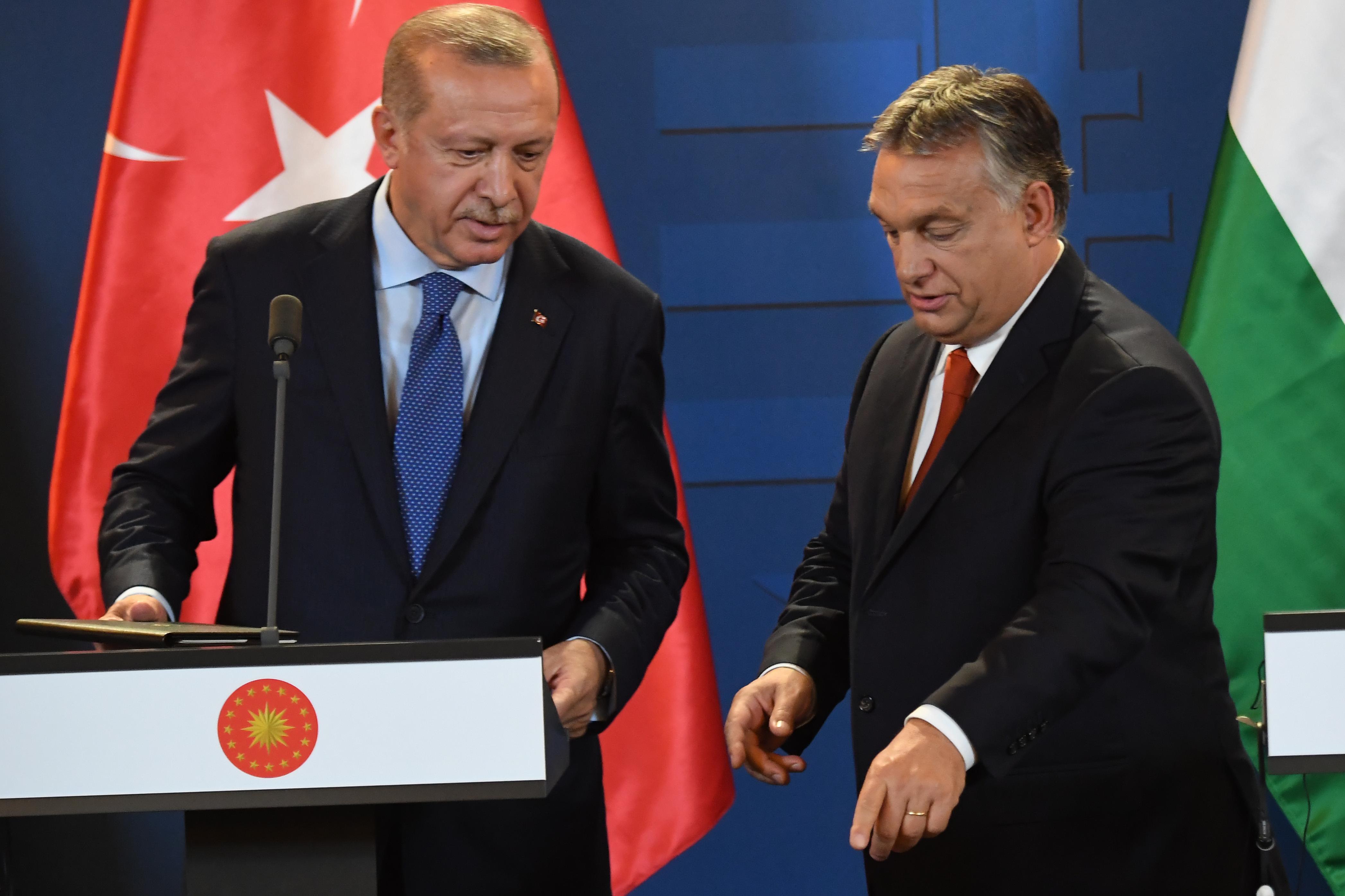 Mészáros Lőrinc üzlettársán keresztül szerez török harci járműveket a Honvédség
