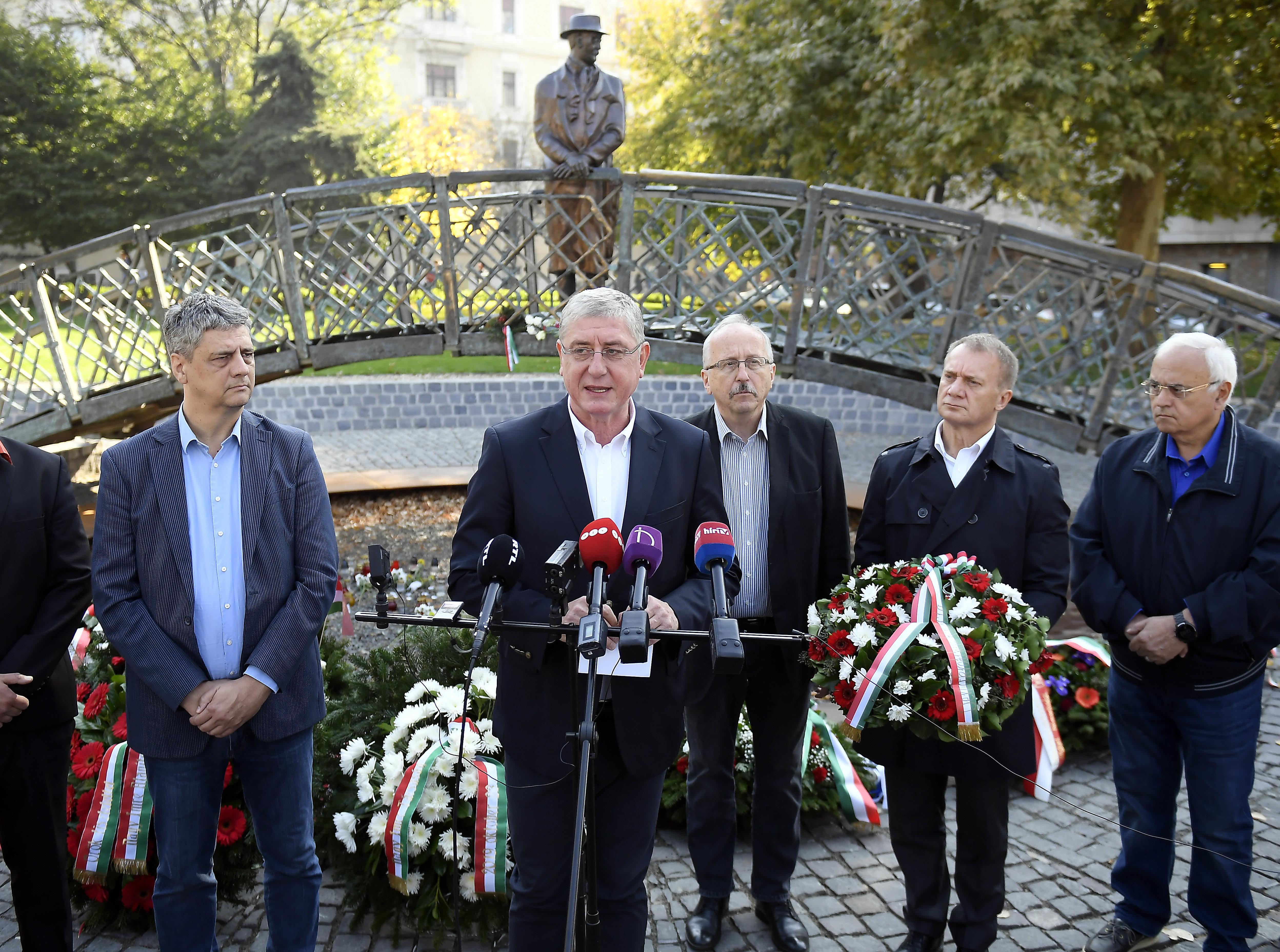 Gyurcsány: Ne ünnepelje 56-ot, aki támogatja a kurd népirtást