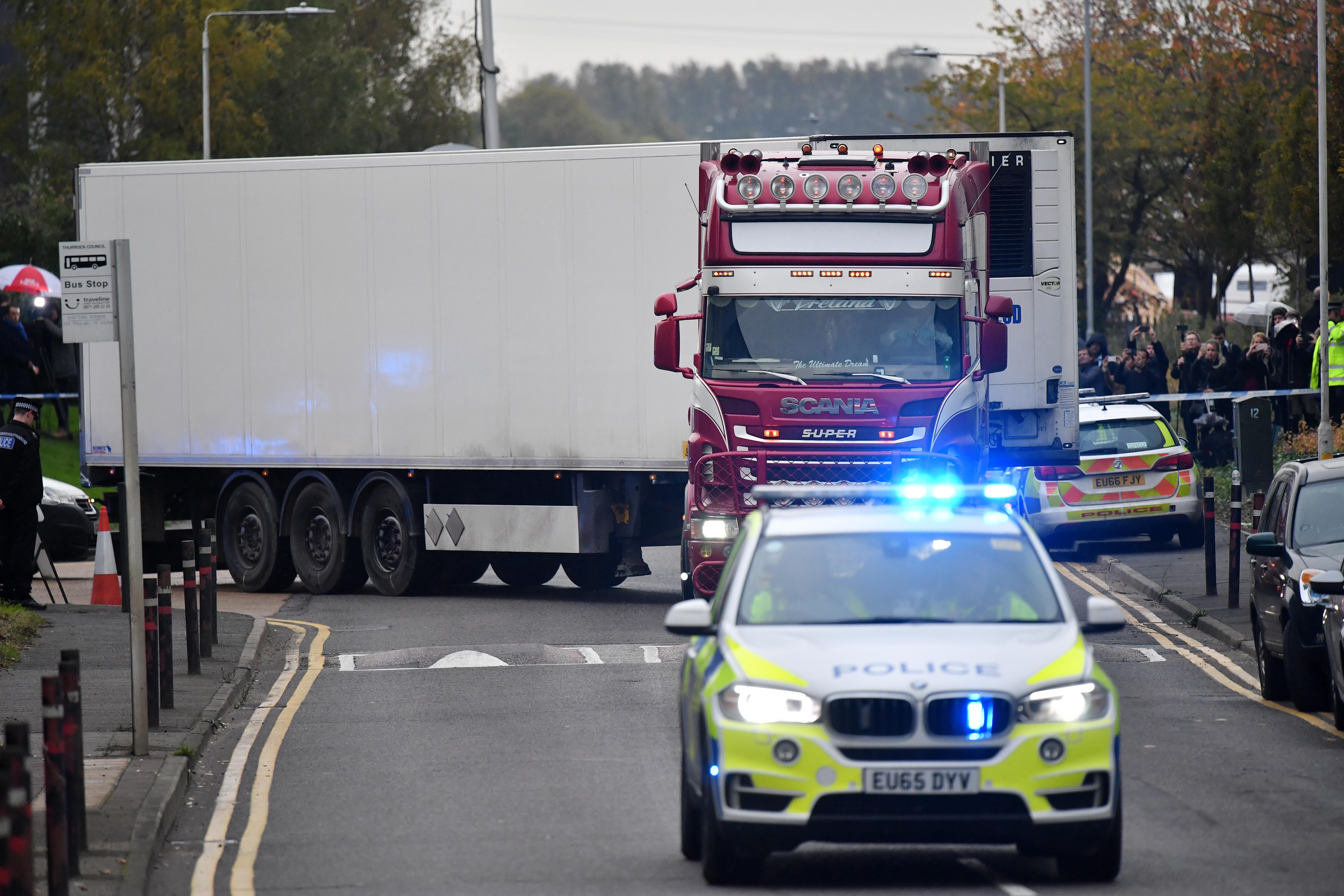 Nem Bulgáriából indult a bolgár rendszámú kamion, melyben 39 ember holttesétt találták meg Nagy-Britanniában