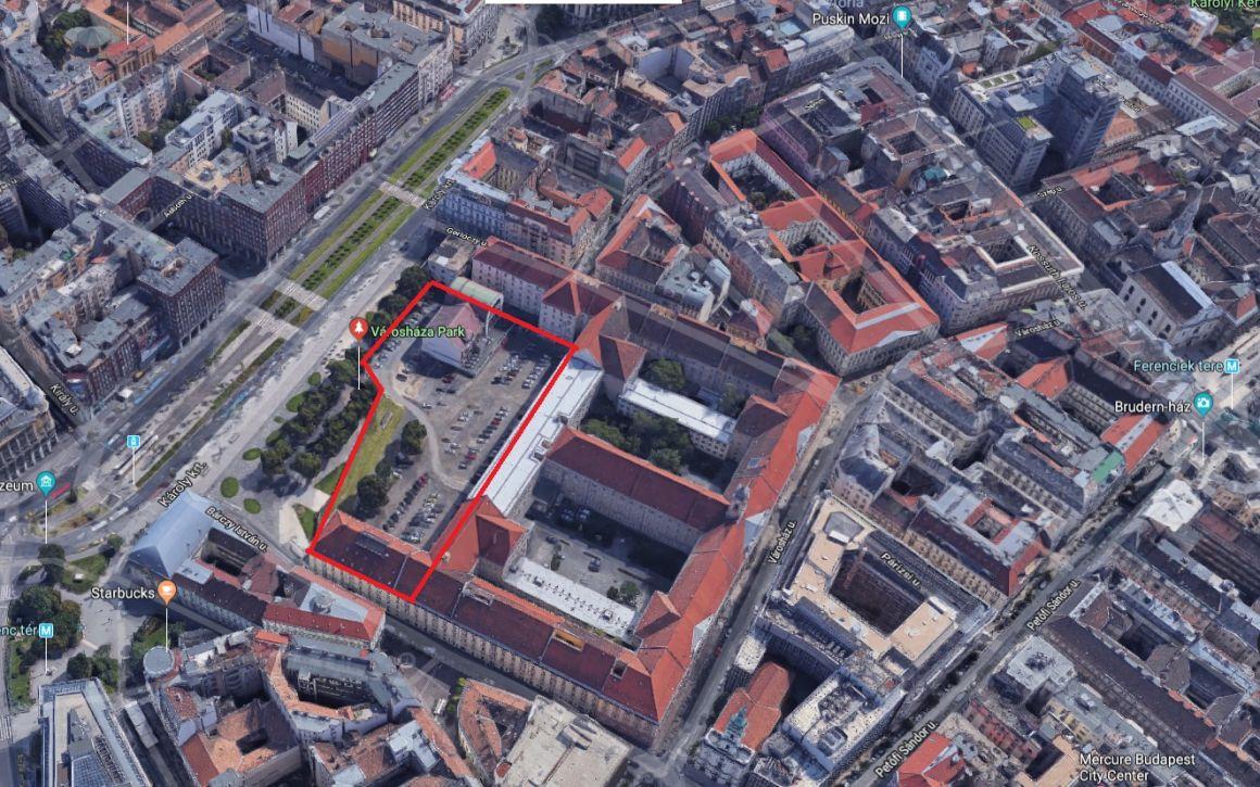 Közpark lesz a budapesti Városháza eddigi zárt parkolójából