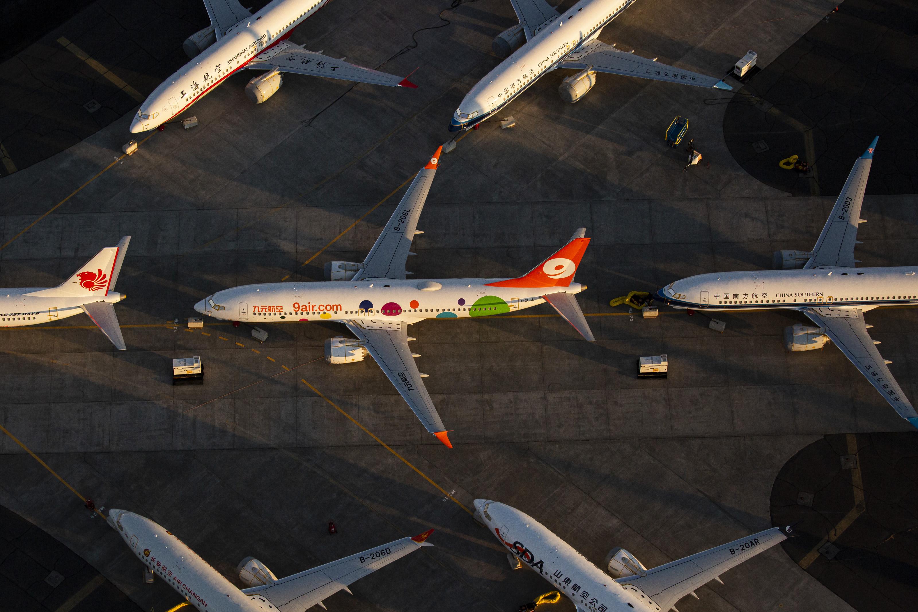 A Boeing tavalyra kilobbizta, hogy még annyira se ellenőrizzék új gépeit, mint a 737 Maxot