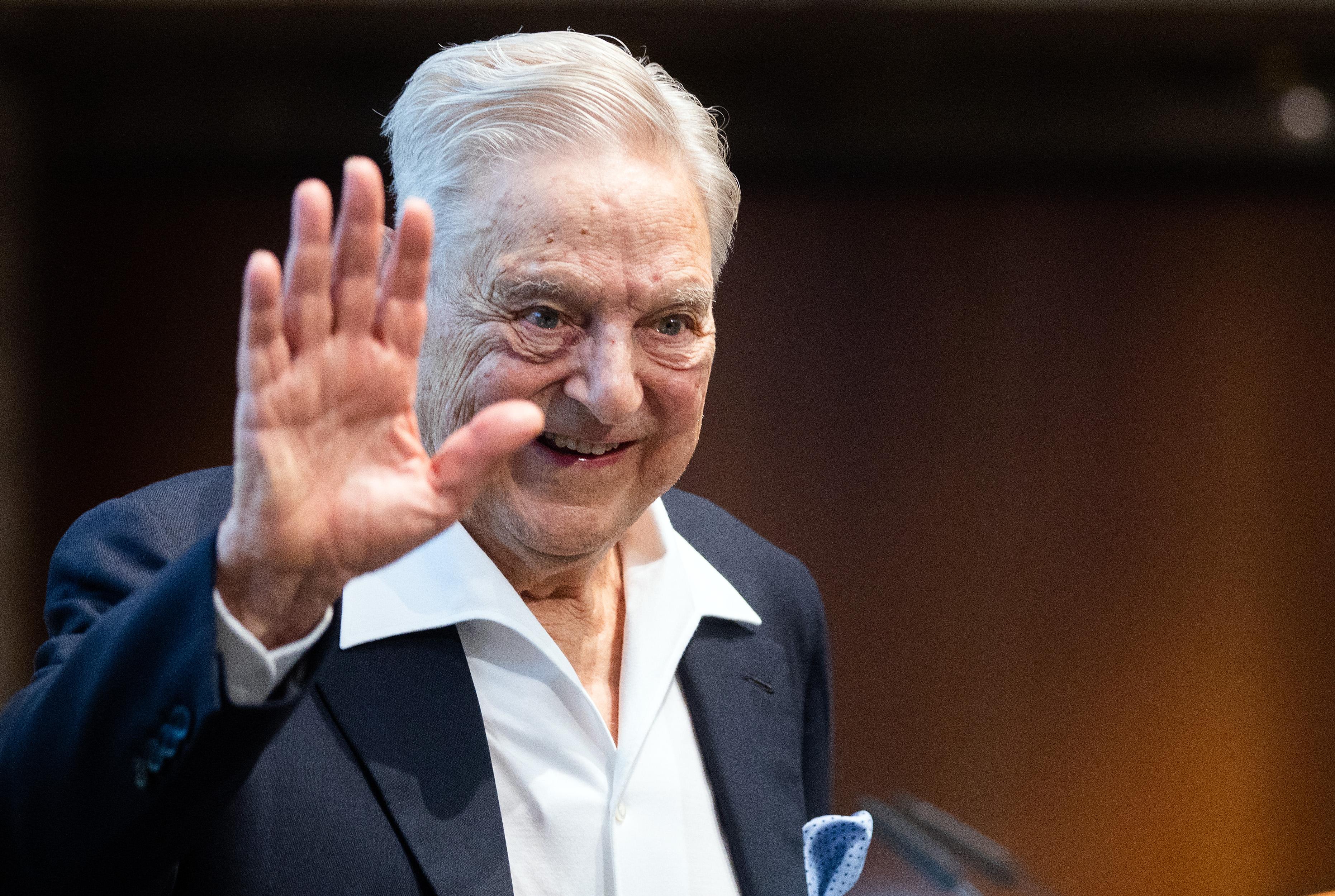 Kitüntették Soros Györgyöt Bécsben