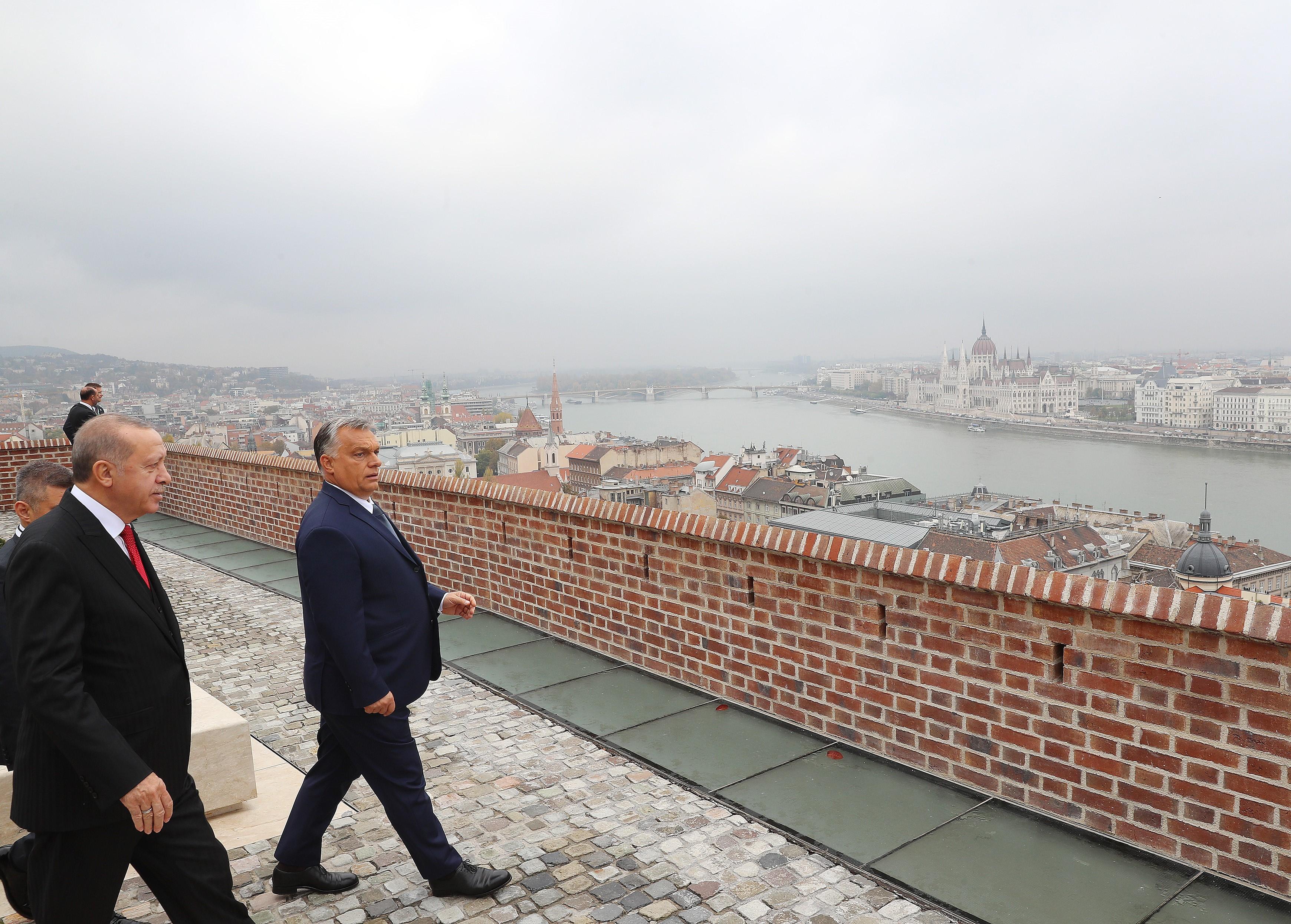A Politico szerint Orbán Európa második legnagyobb vízionáriusa, Greta Thunberg mögött