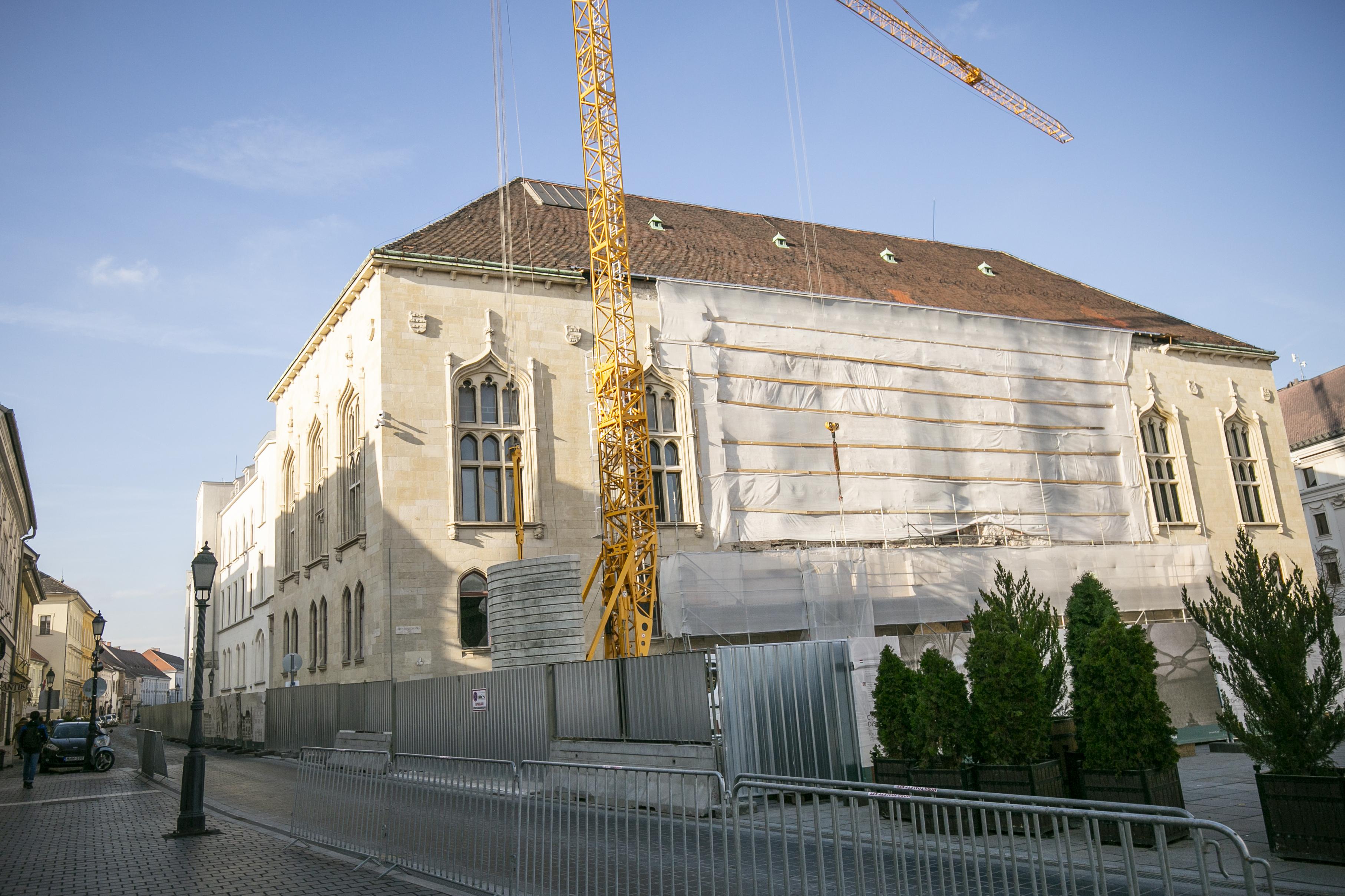 55 milliárdból újítják fel a Pénzügyminisztérium várbeli épületét
