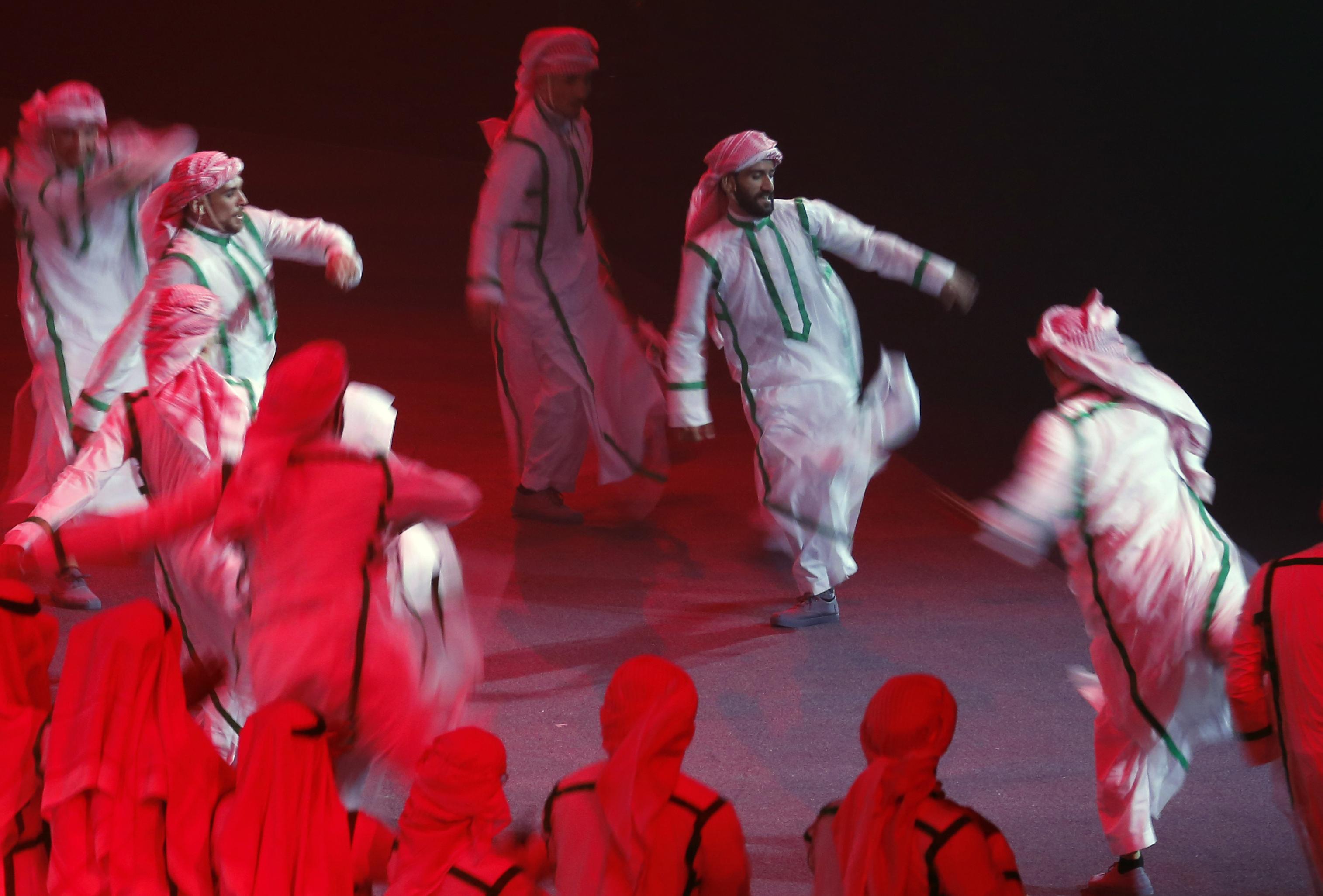 Előadás közben szúrtak meg három művészt Rijádban