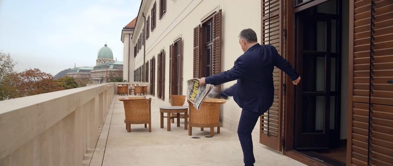 Európa legsportosabb miniszterelnöke a Karmelita erkélyéről egyenesen a Puskás Stadion lelátójára bikázza a labdát