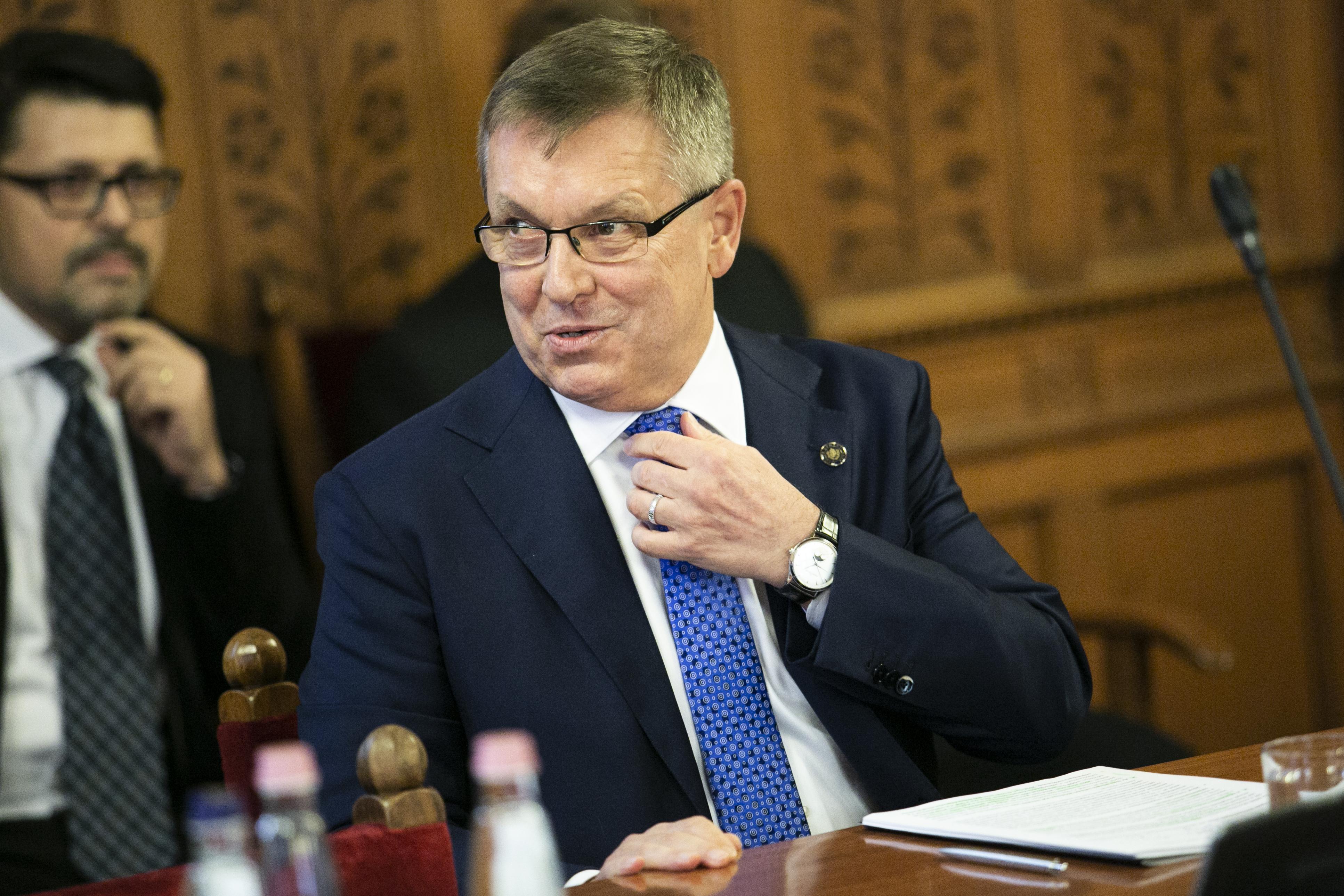 Még a Matolcsy vezette jegybank szerint is aggályos a kormány jövő évi költségvetése