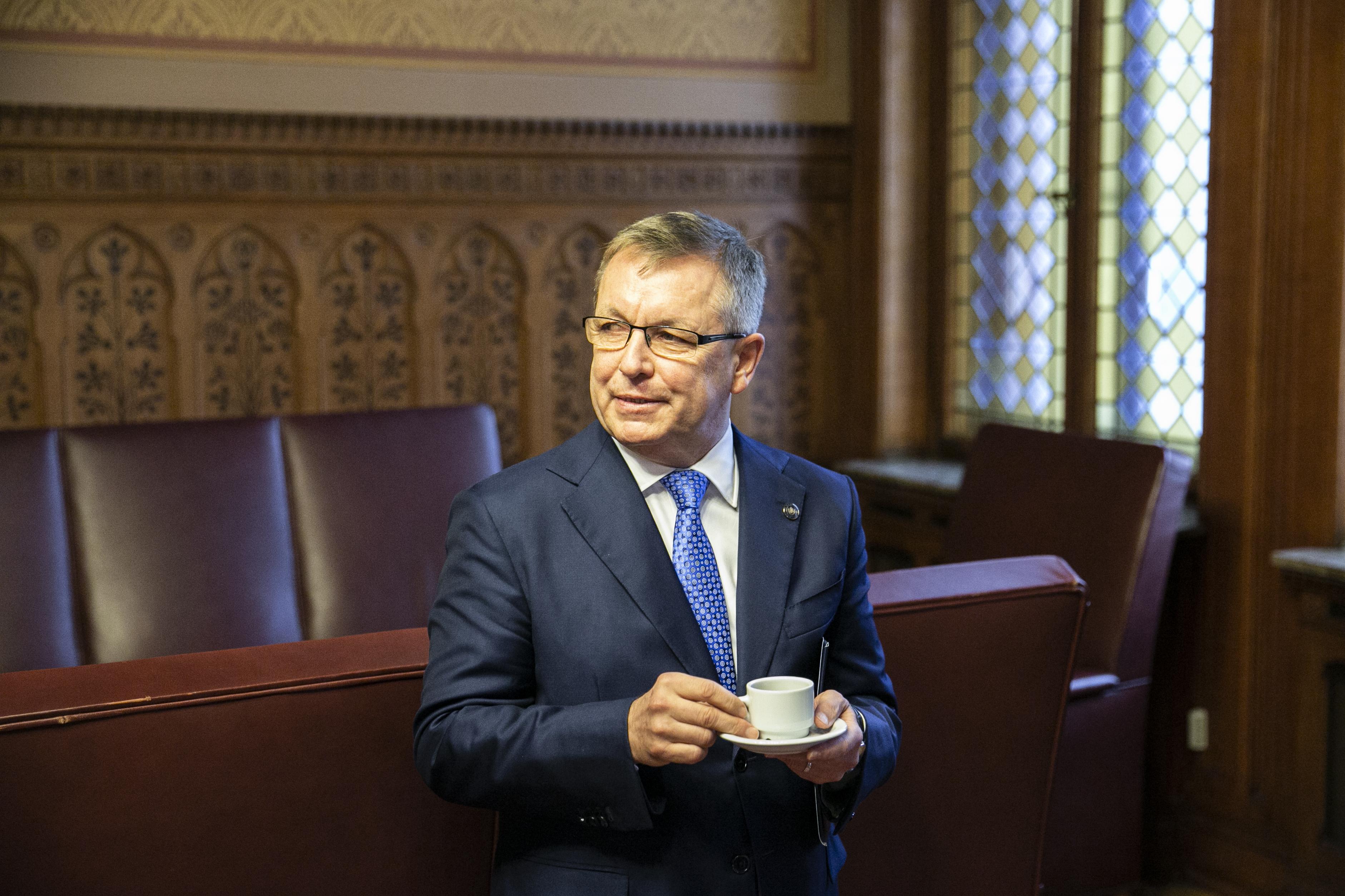 Matolcsy szerint 2022-ig el lehet engedni a költségvetési hiányt és az államadósságot