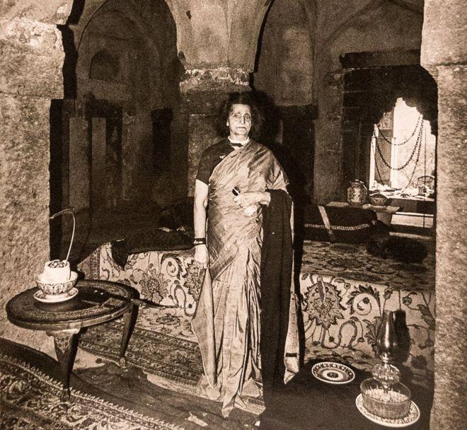 40 éven át mindenki elhitte, hogy a dzsungel romos palotájában tényleg egy régi dinasztia leszármazottai élnek