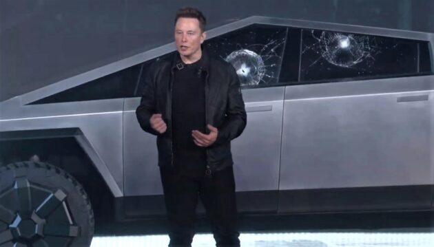 A seriffnek kellett rászólnia Elon Muskra, hogy fogja vissza a termelést a Tesla-gyárban